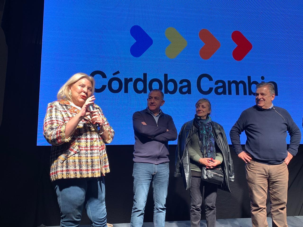Elisa Carrió acompañó a Mario Negri el domingo en Córdoba