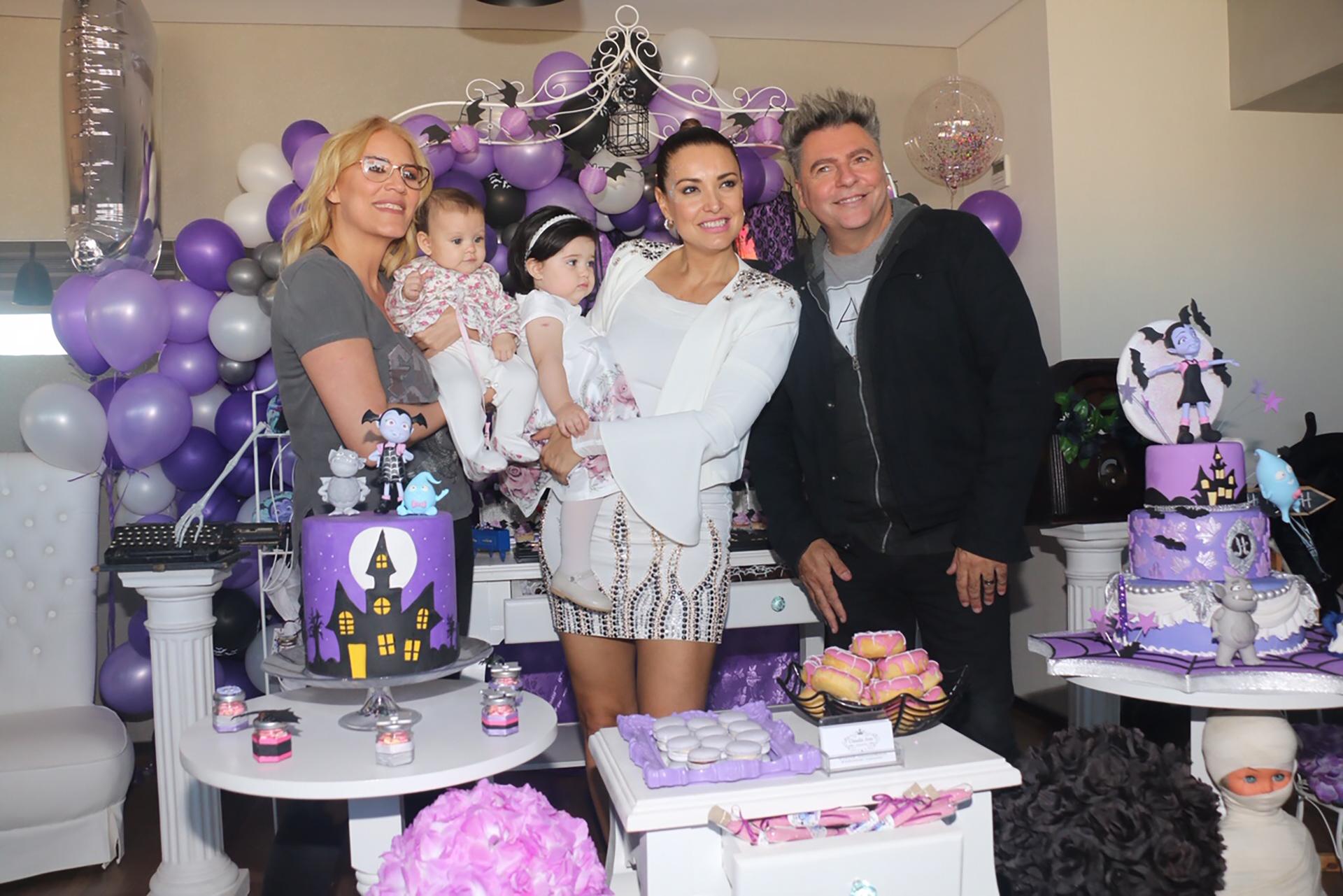 Débora D'Amato con su hija, Lola, y Daniel Ambrosino también estuvieron presentes (Verónica Guerman / Teleshow)