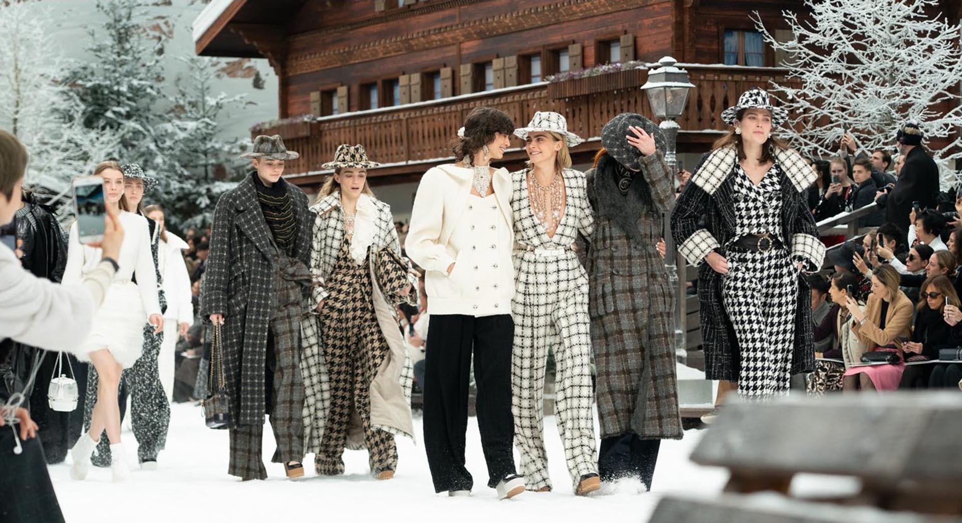 Virginie Viard se lució como la heredera de Karl Lagerfeld en el desfile de Chanel.