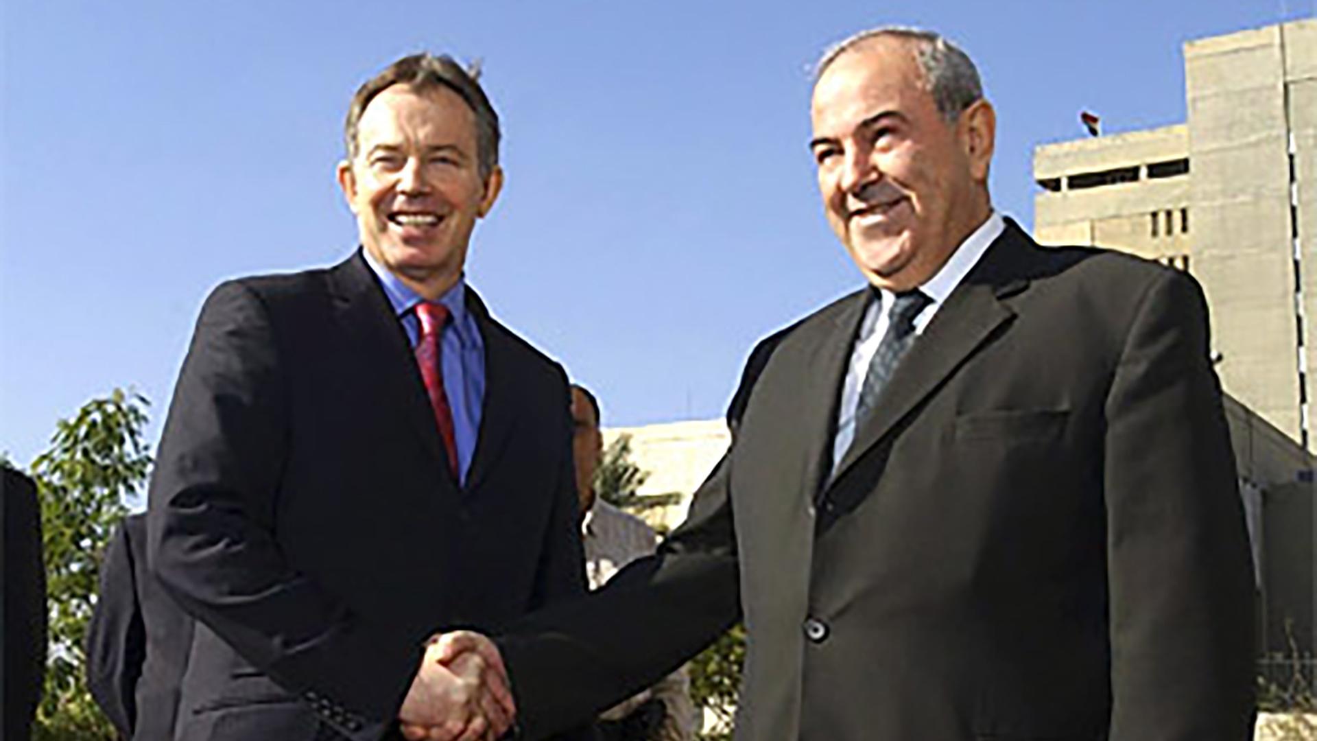 Otros tiempos. El ex primer ministro Tony Blair junto a a Ayad Allawi