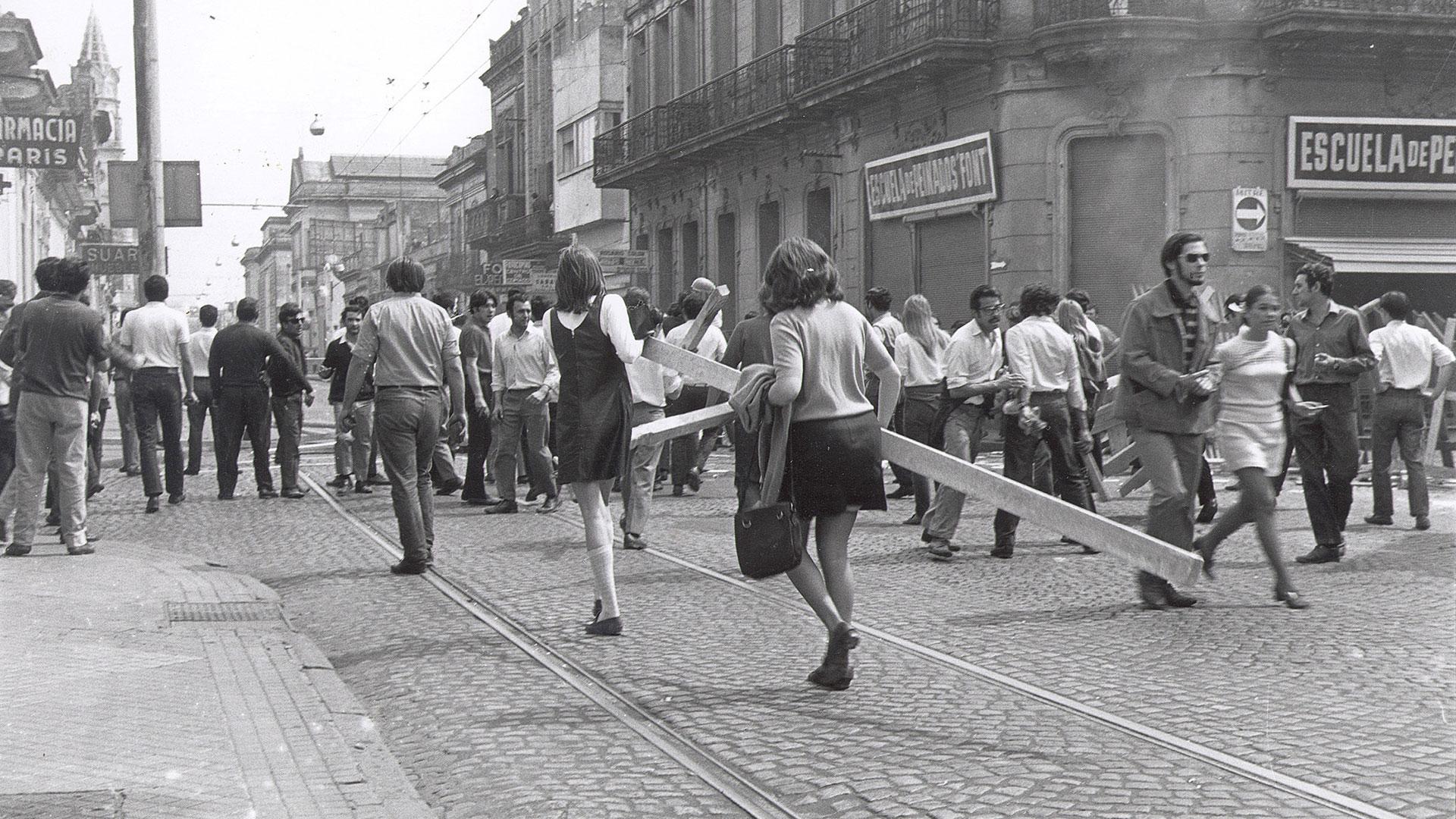 El Rosariazo fue una serie de protestas que tuvieron lugar en mayo de 1969 contra la dictadura de Juan Carlos Onganía