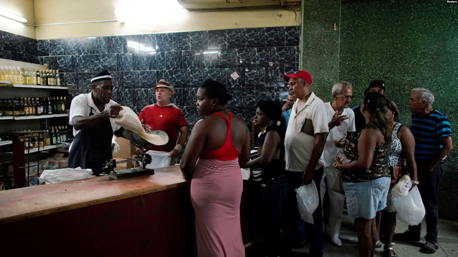 Una bodega en La Habana.