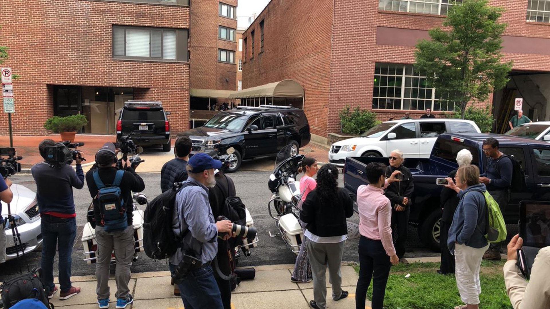 La oposición venezolana recuperó la embajada en EEUU