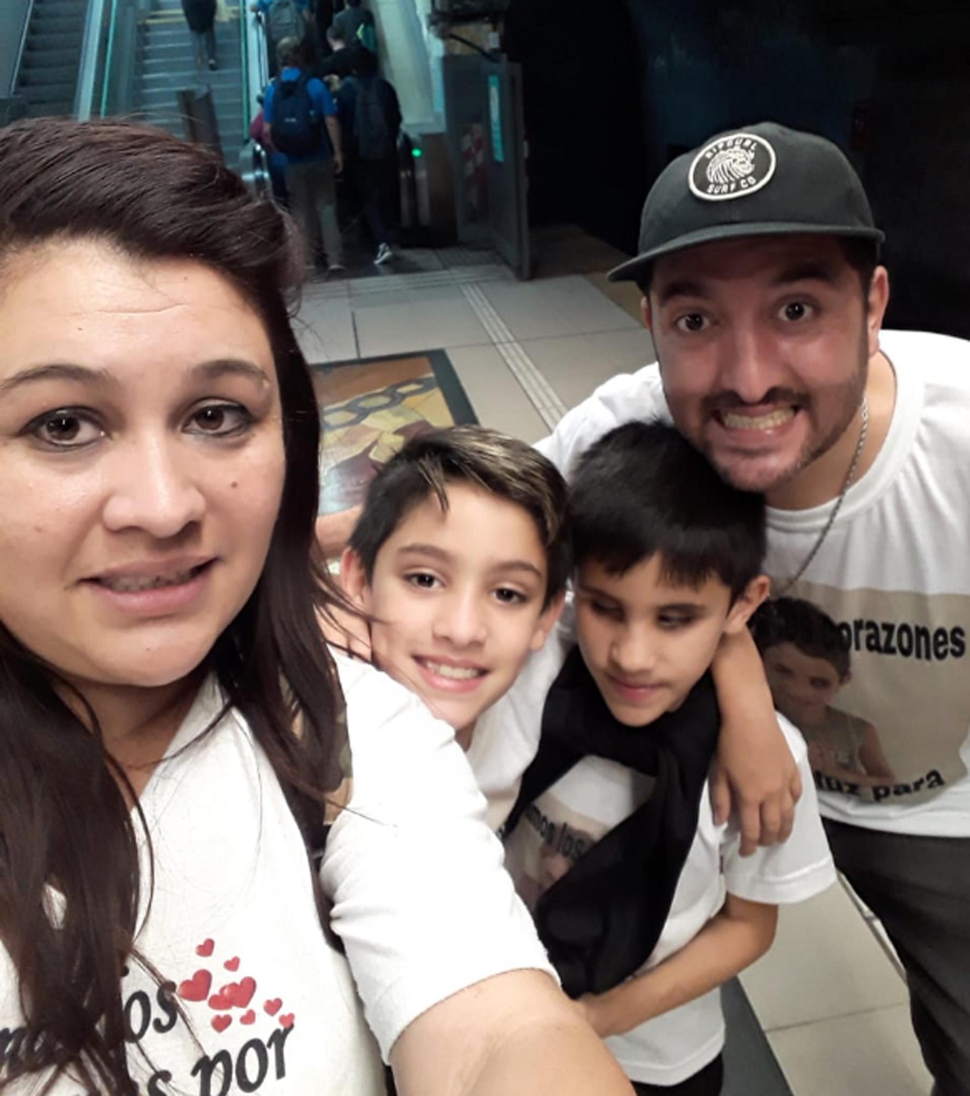 Aaron y su familia