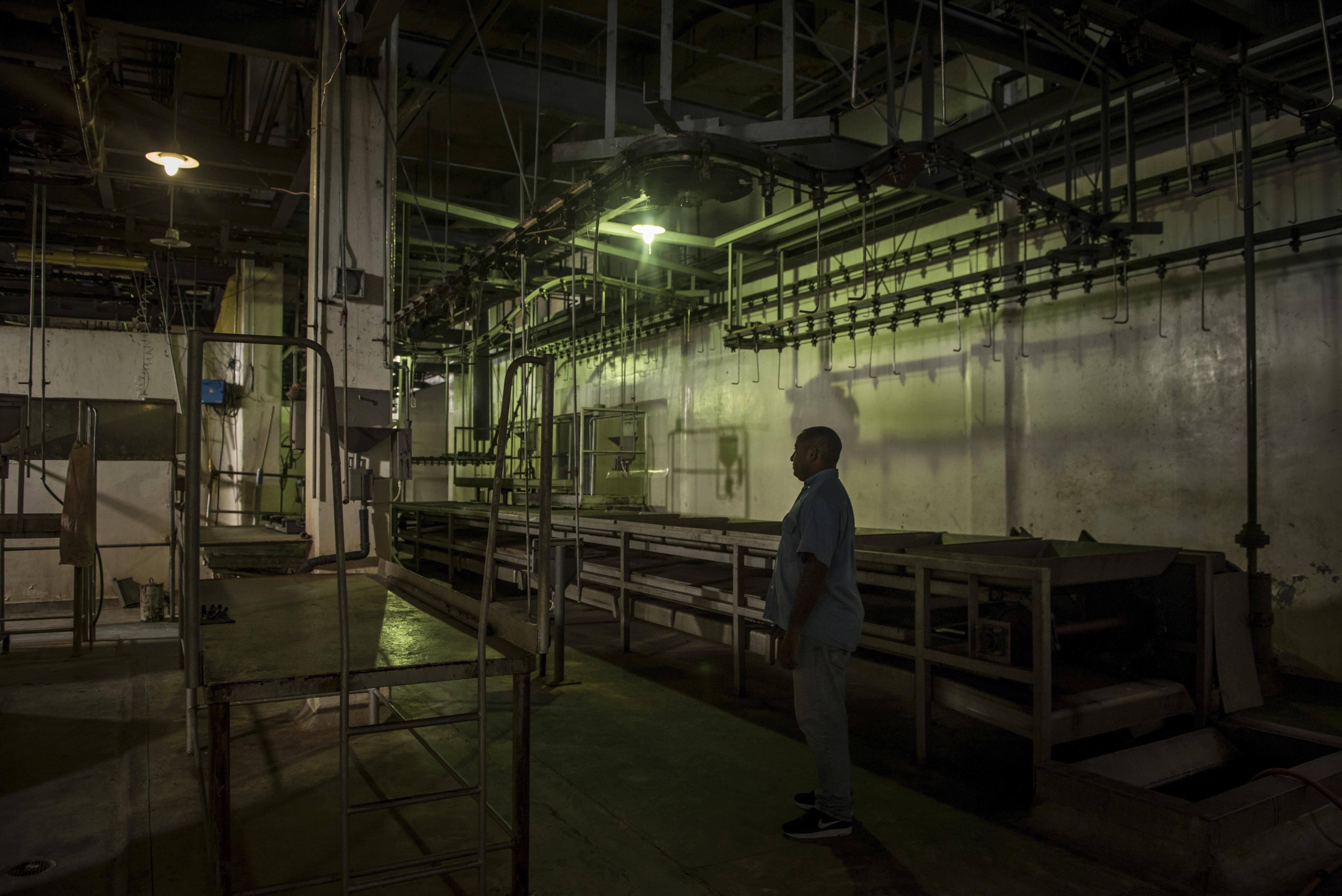 El matadero de Machiques, que alguna vez fue uno de los más grandes de América Latina, ha estado inactivo por los cortes de energía eléctrica. (Meridith Kohut/The New York Times)