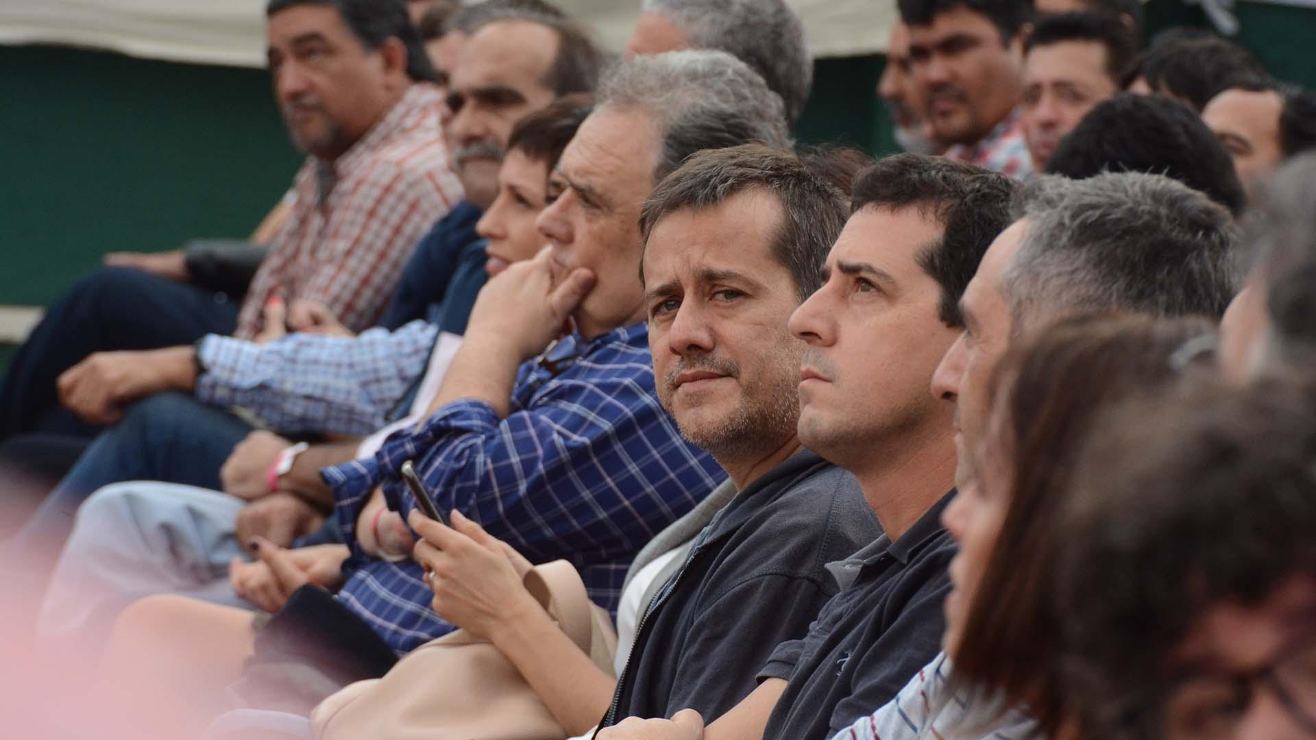"""En la primera fila del acto estuvieron Victoria Donda, los camporistas Mariano Recalde, Eduardo """"Wado"""" De Pedro y el ex embajador argentino en el Vaticano, Eduardo Valdéz, entre otros,"""