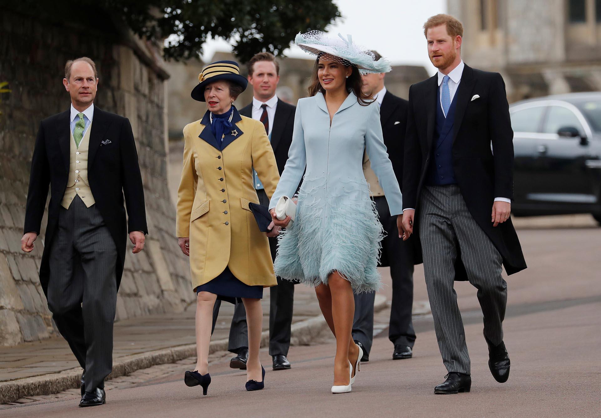 Los príncipes Anne y Edward llegaron junto al príncipe Harry