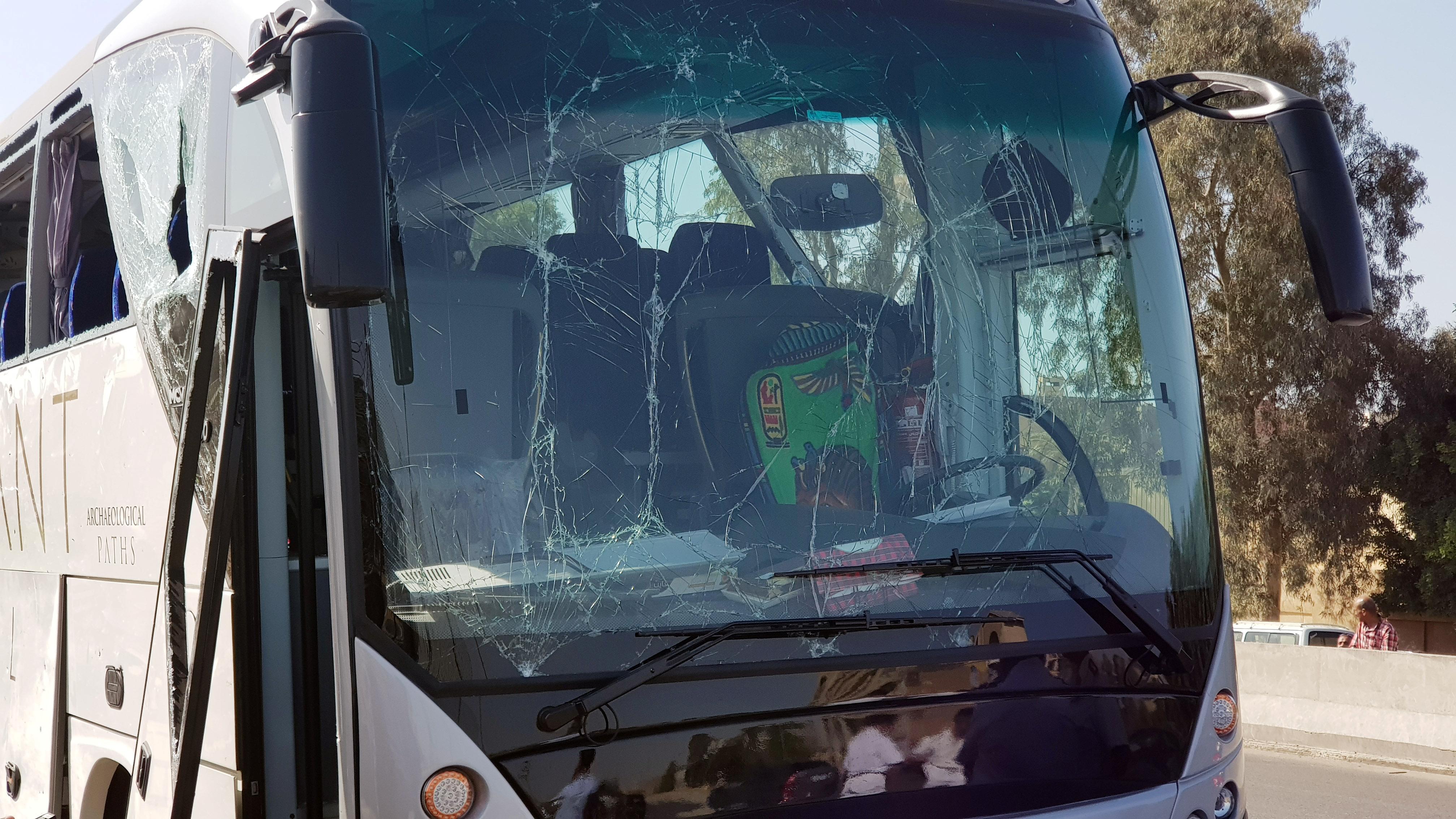 Así quedó el frente del autobús (Reuters)