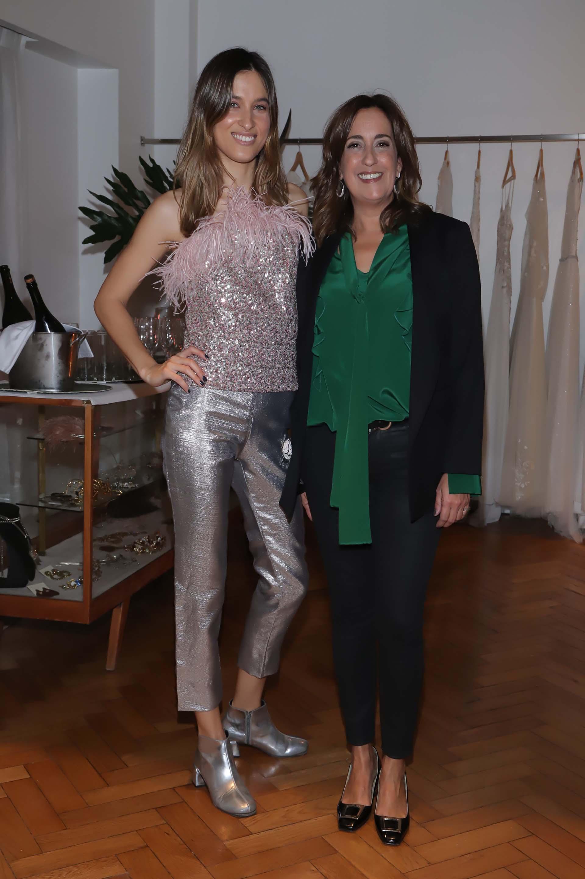 La DJ y modelo, Cintia Garrido, fue la encargada de la musicalización de la noche