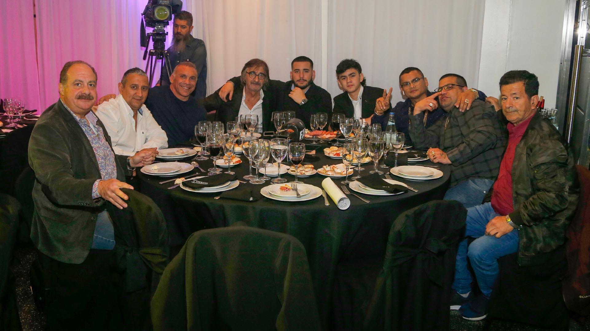 """La mesa del """"Chino"""" Maidana en la gala"""