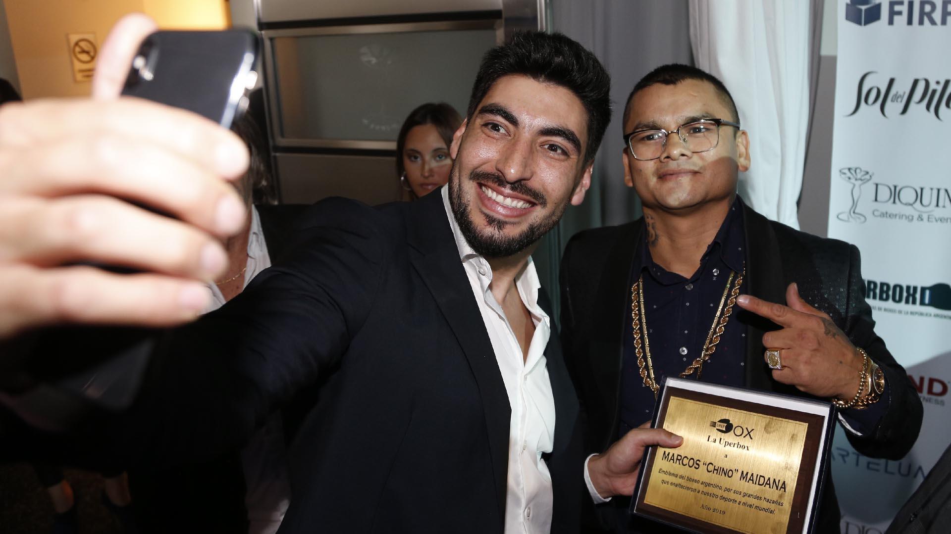 """La selfie de Moyano con el """"Chino"""" Maidana"""