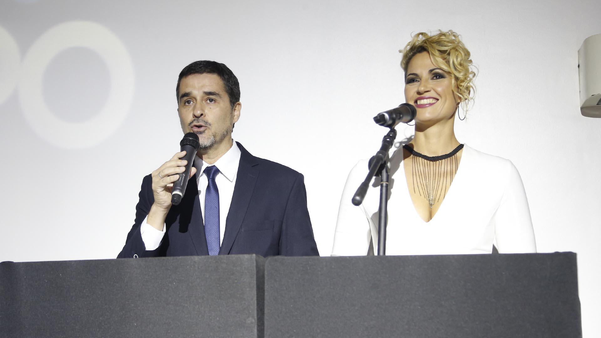 Silvana Carsetti y Marcelo González, los conductores de la noche