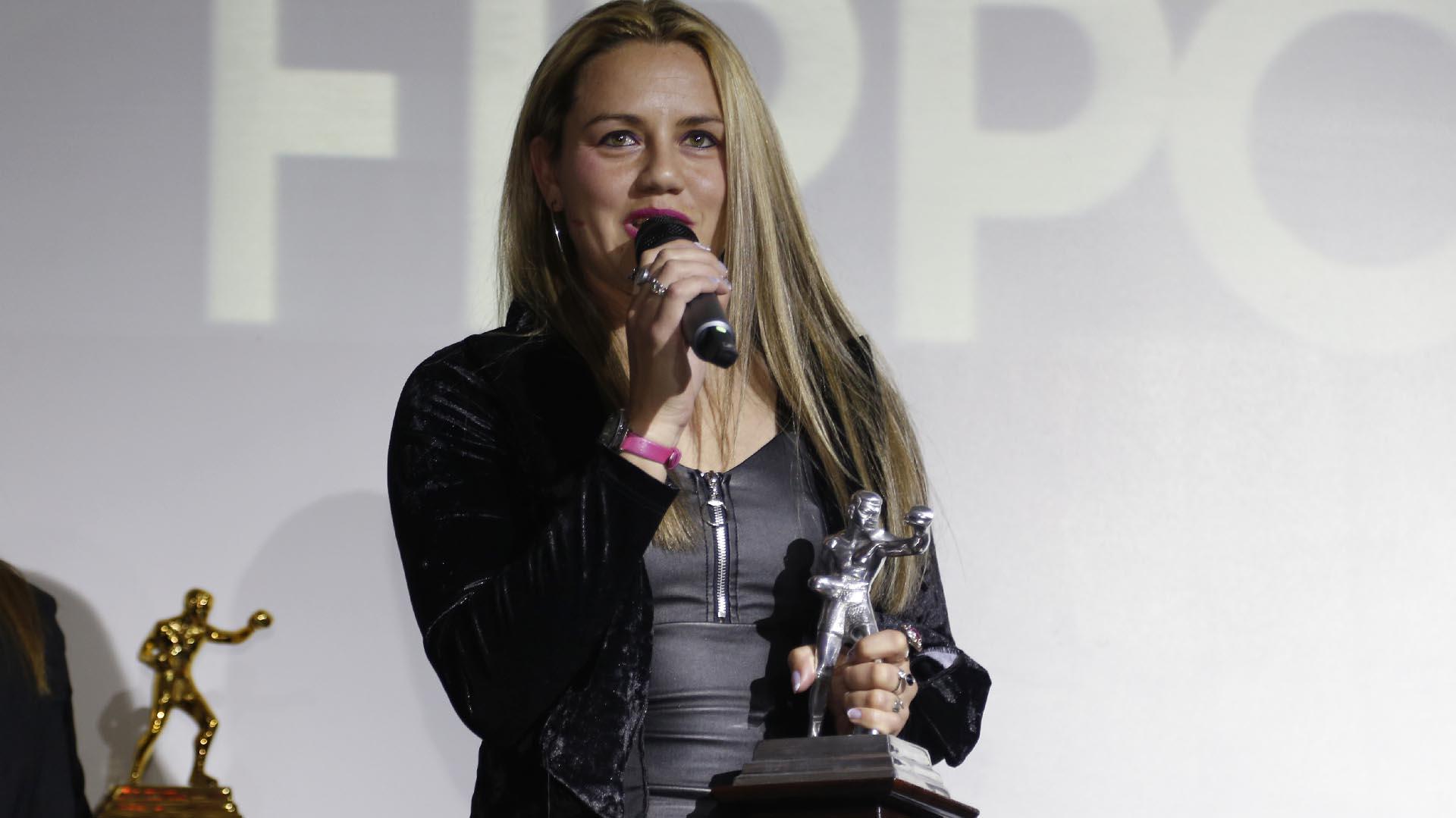 Daniela Bermúdez, premio a la mejor boxeadora