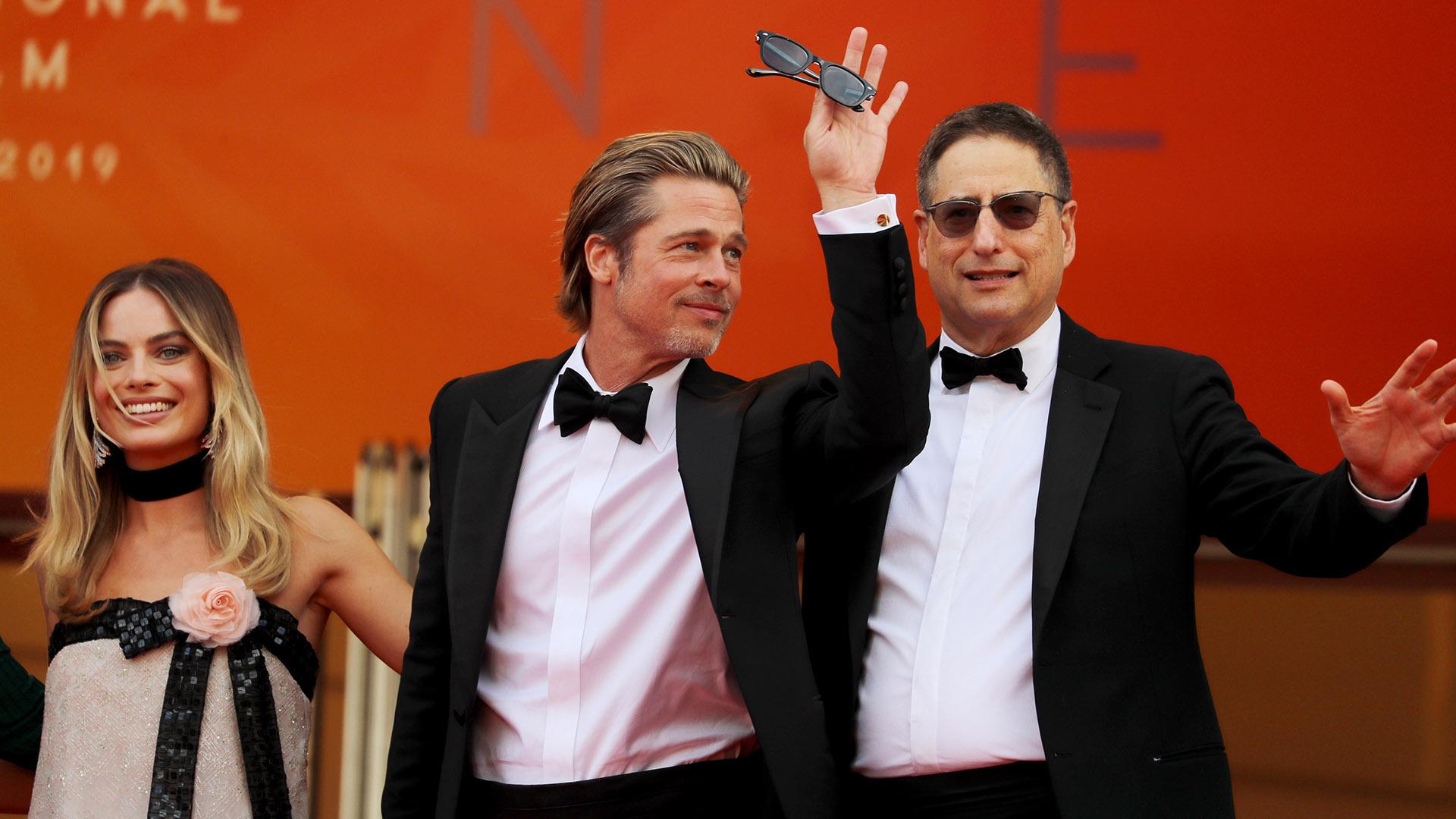 Brad Pitt deslumbró con su look (AFP)
