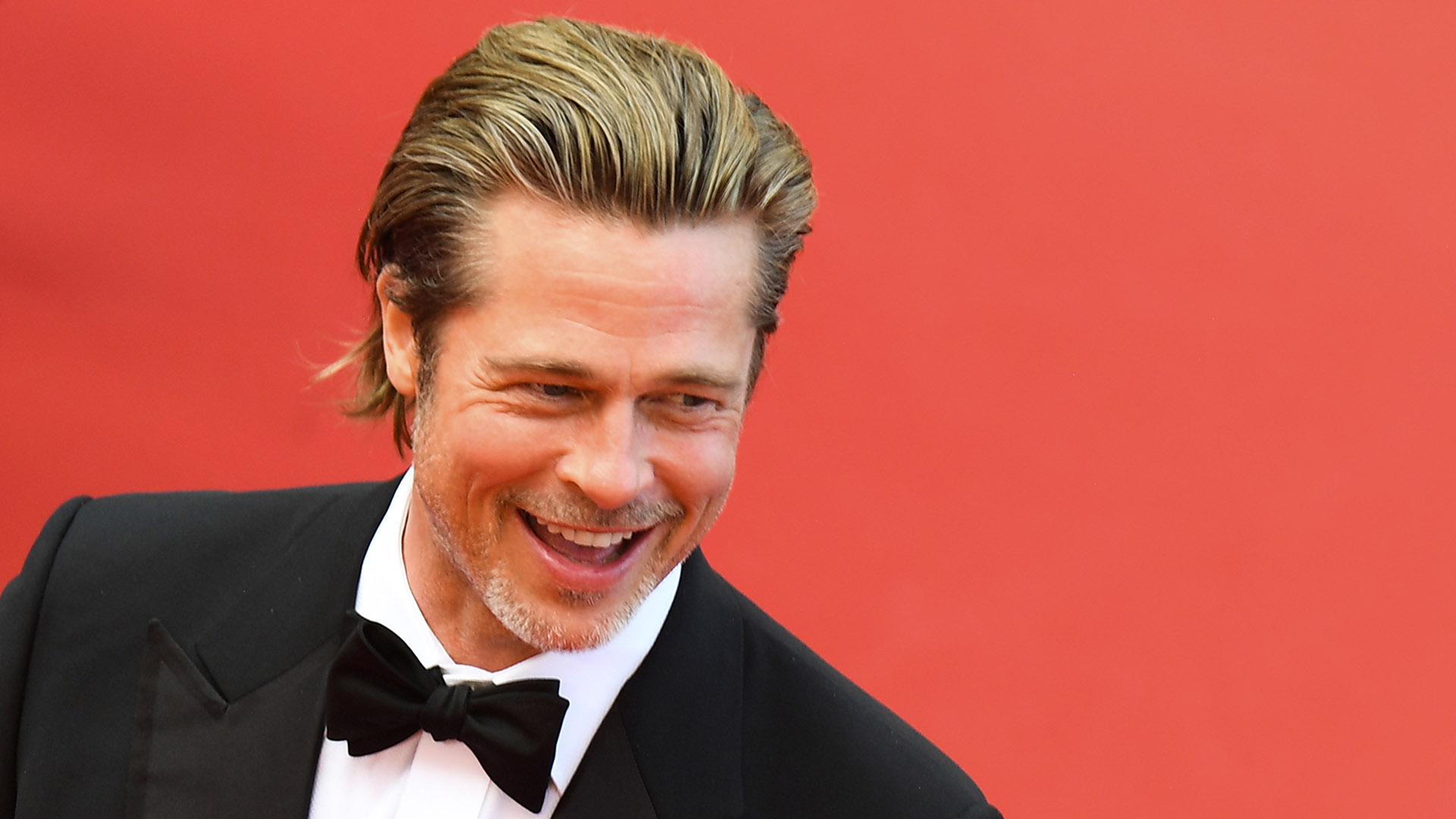 "Tras un largo tiempo fuera de los flashes de los paparazzi, Brad Pitt volvió a lo grande en el Festival de Cannes con la presentación de """"Once Upon A Time In Hollywood"" junto a Quentin Tarantino y Leonardo DiCaprio"