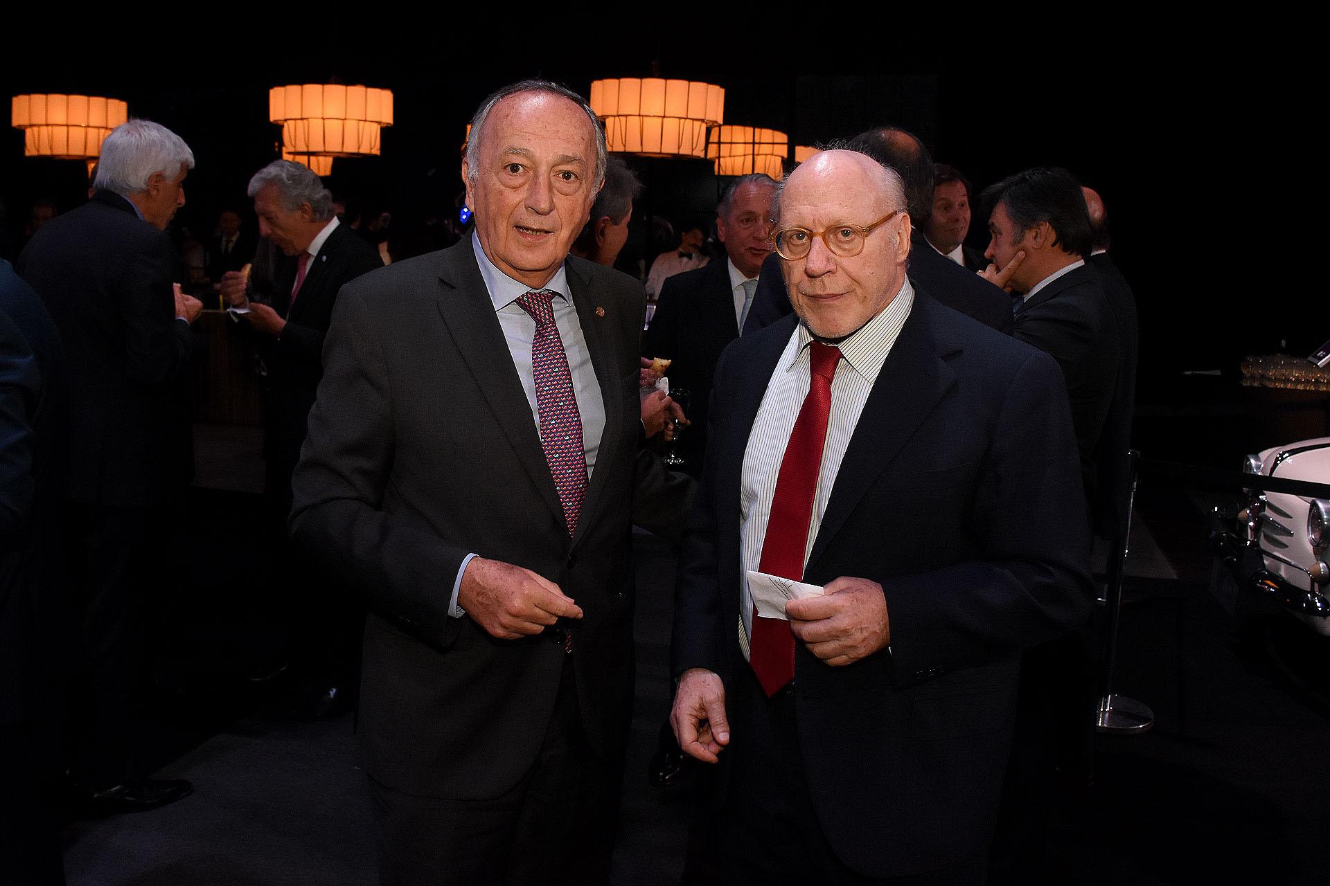 Miguel Acevedo y Julio Cesar Crivelli, titular de la Cámara Argentina de la Construcción