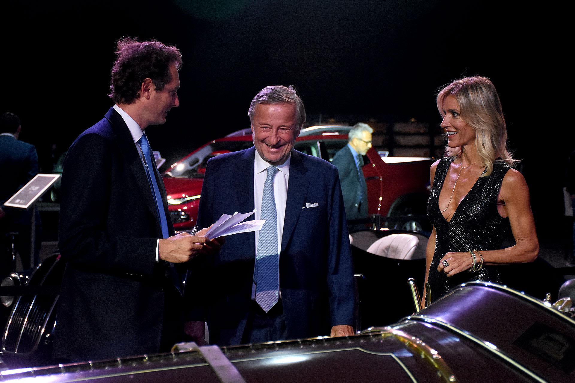 John Elkann, Cristiano Rattazzi y Gabriela Castellani