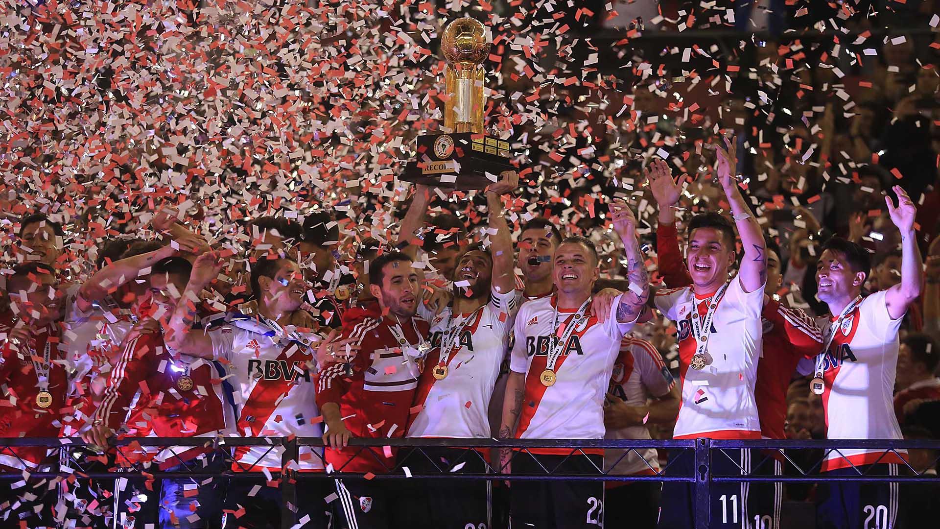 River Plate se adjudicó la Recopa Sudamericana 2016 al derrotar a Independiente de Santa Fe de Colombia en el estadio Monumental (Foto NA)