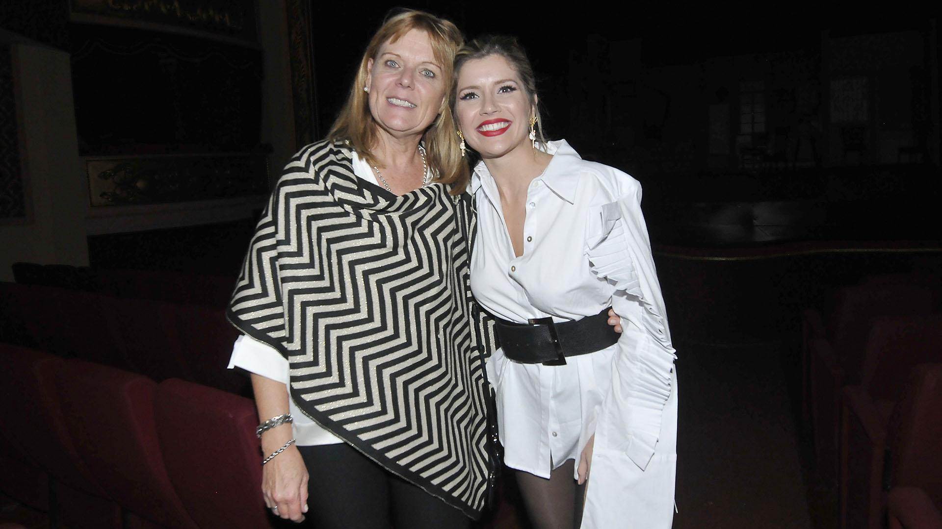 La actriz con su mamá Inés Stork