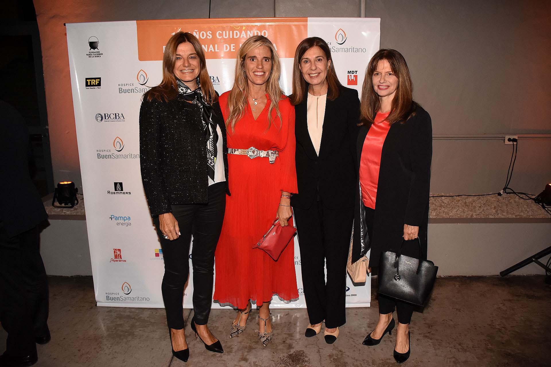 Pachi Dibetto junto a Carolina Majdalani, Zoraida Awada y Silvia Uranga