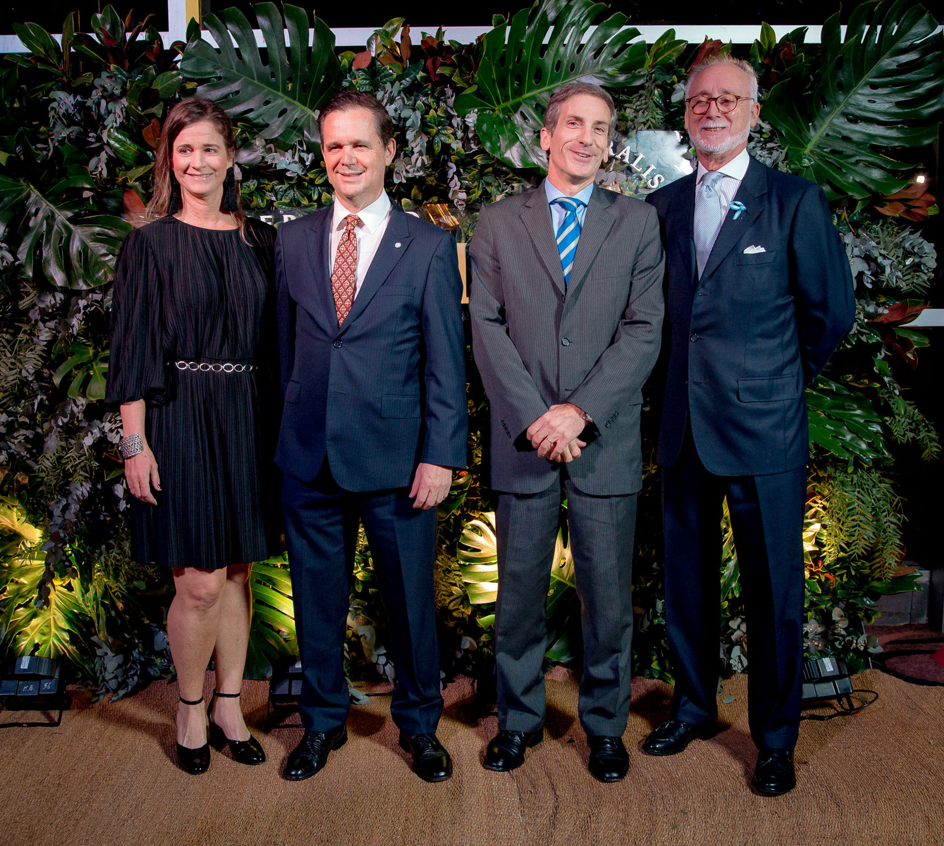 Laura Blaquier junto a Pablo Plá, presidente de Ingredion, Julián Rodríguez y Guillermo Hang, director general de Techint
