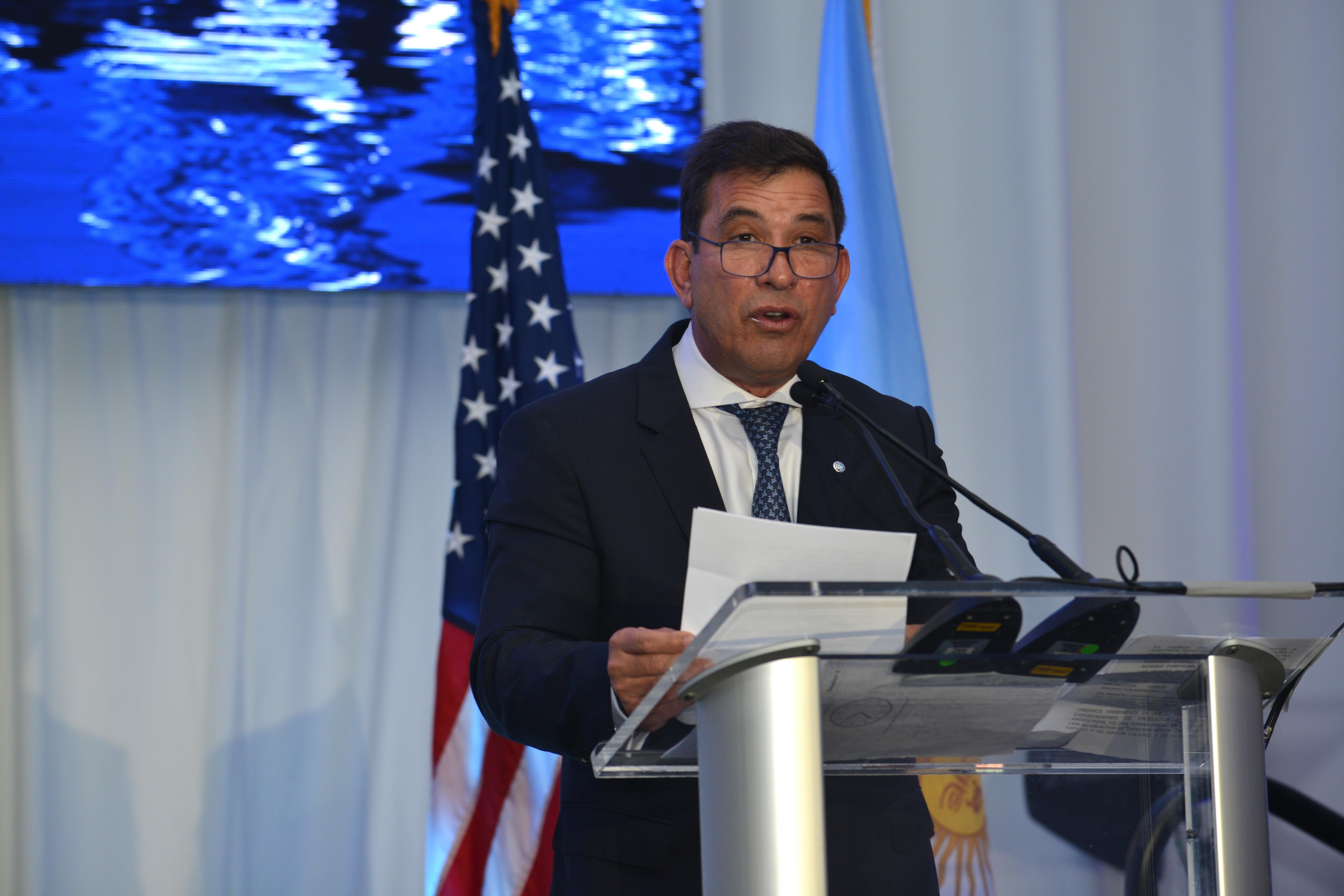 Leandro Fernández Suárez, Cónsul General en Consulado General y Centro de Promoción de la República Argentina en Miami
