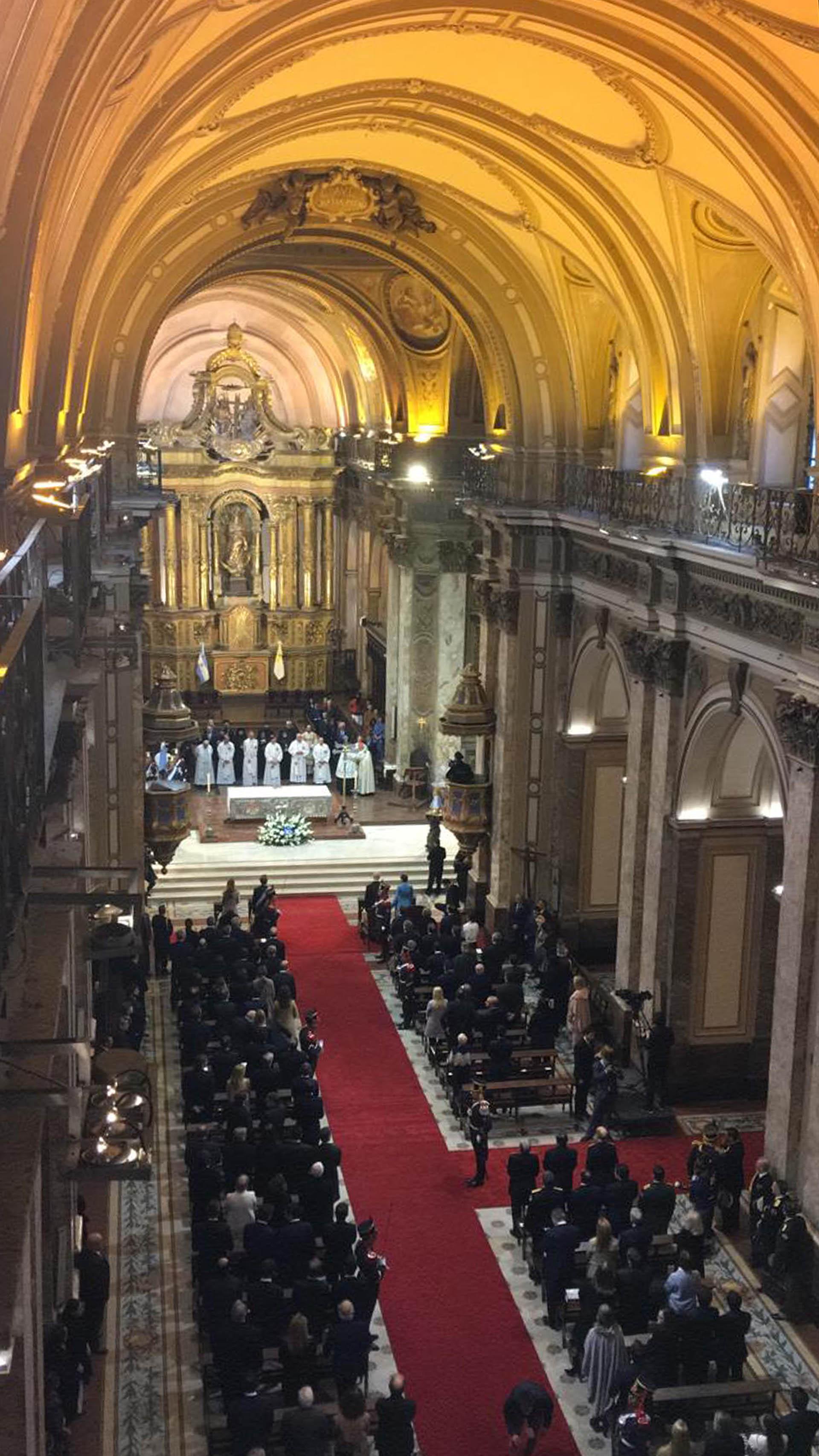 Vista aérea del interior de la Catedral Metropolitana