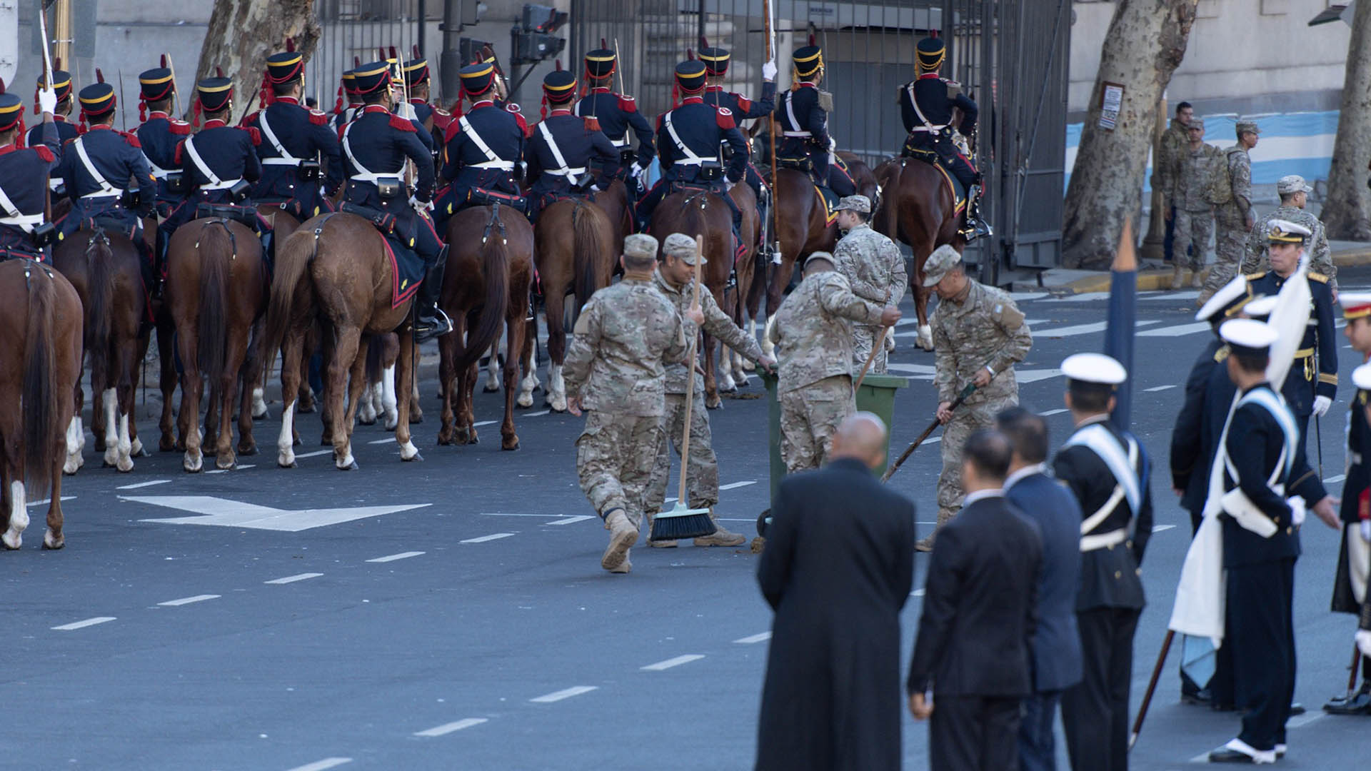 El Regimiento de Granaderos a Caballos es la Escolta Presidencial de la República Argentina, a cargo de las misiones de Ceremonial y Seguridad del presidente de la Nación