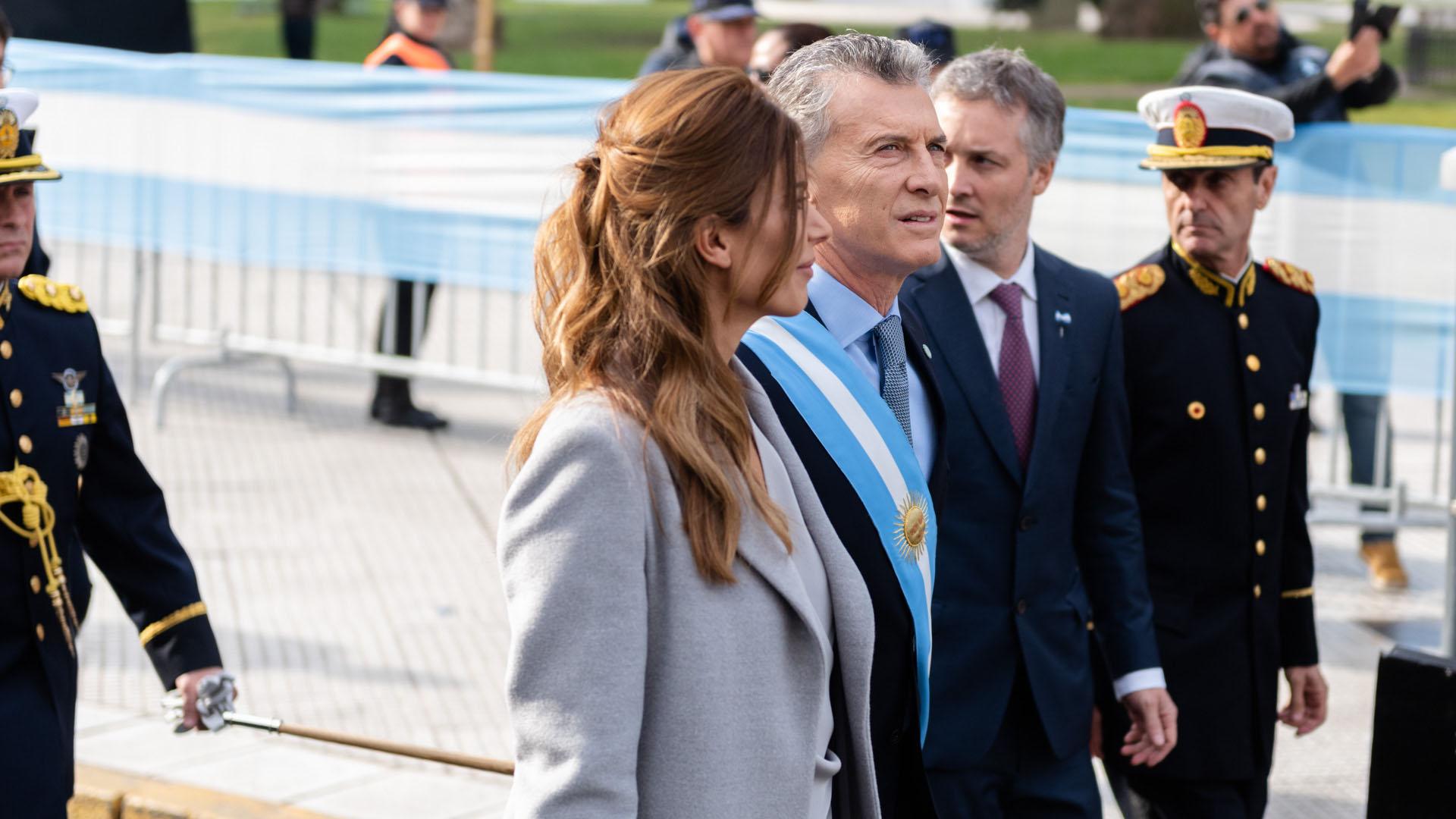 Macri y Awada, a la salida de la Catedral