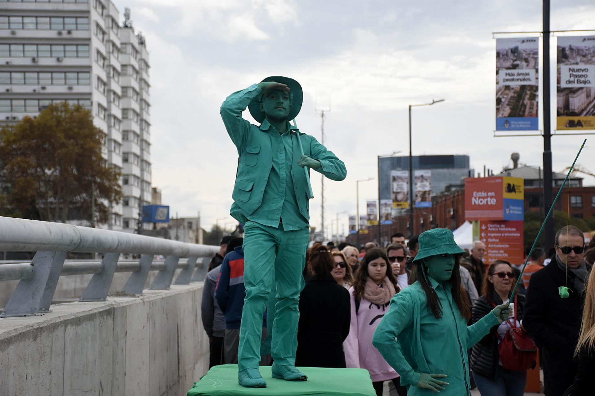 Artistas urbanos regalaron su talento en la calle