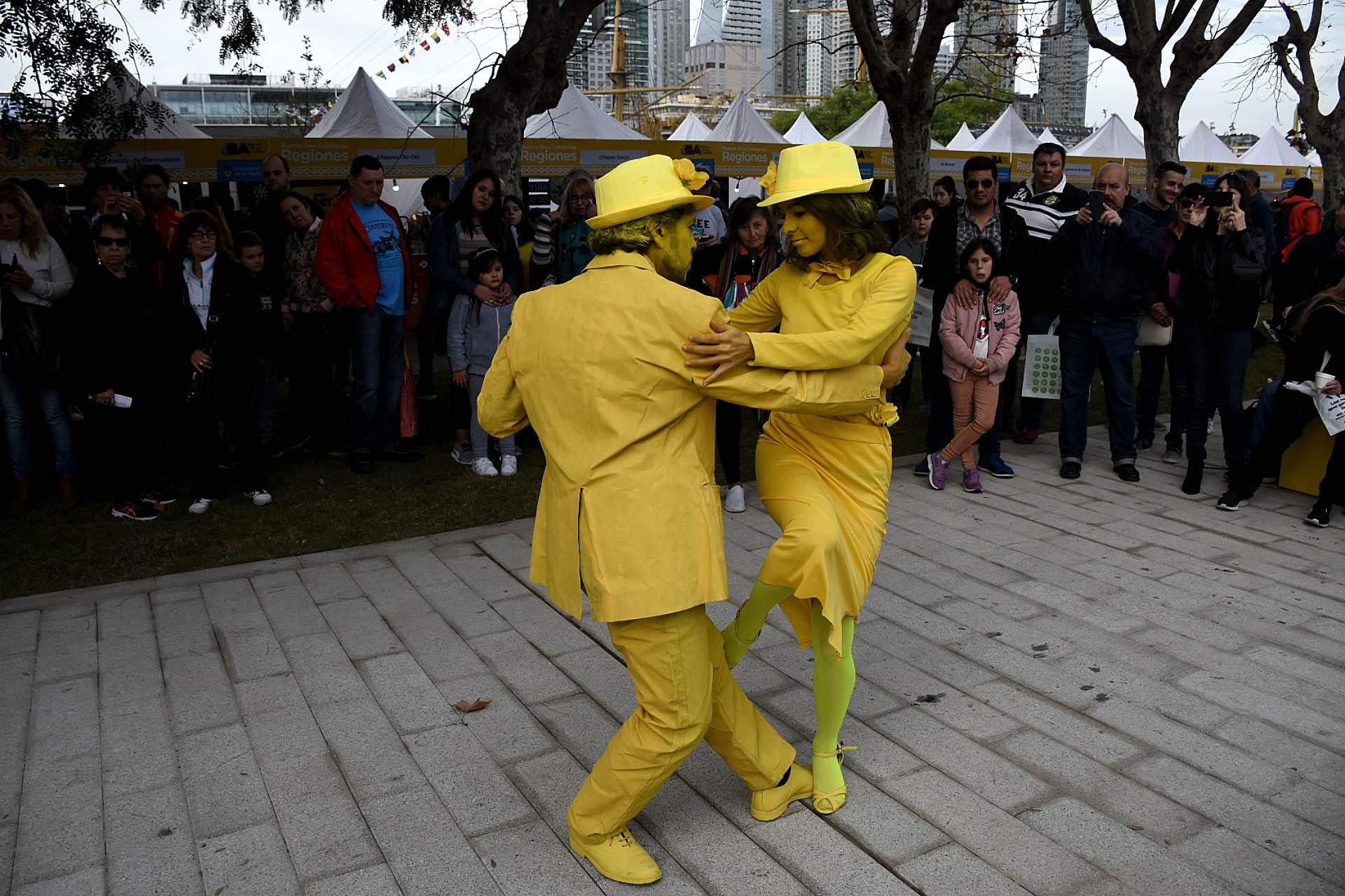 No faltaron el tango y el color