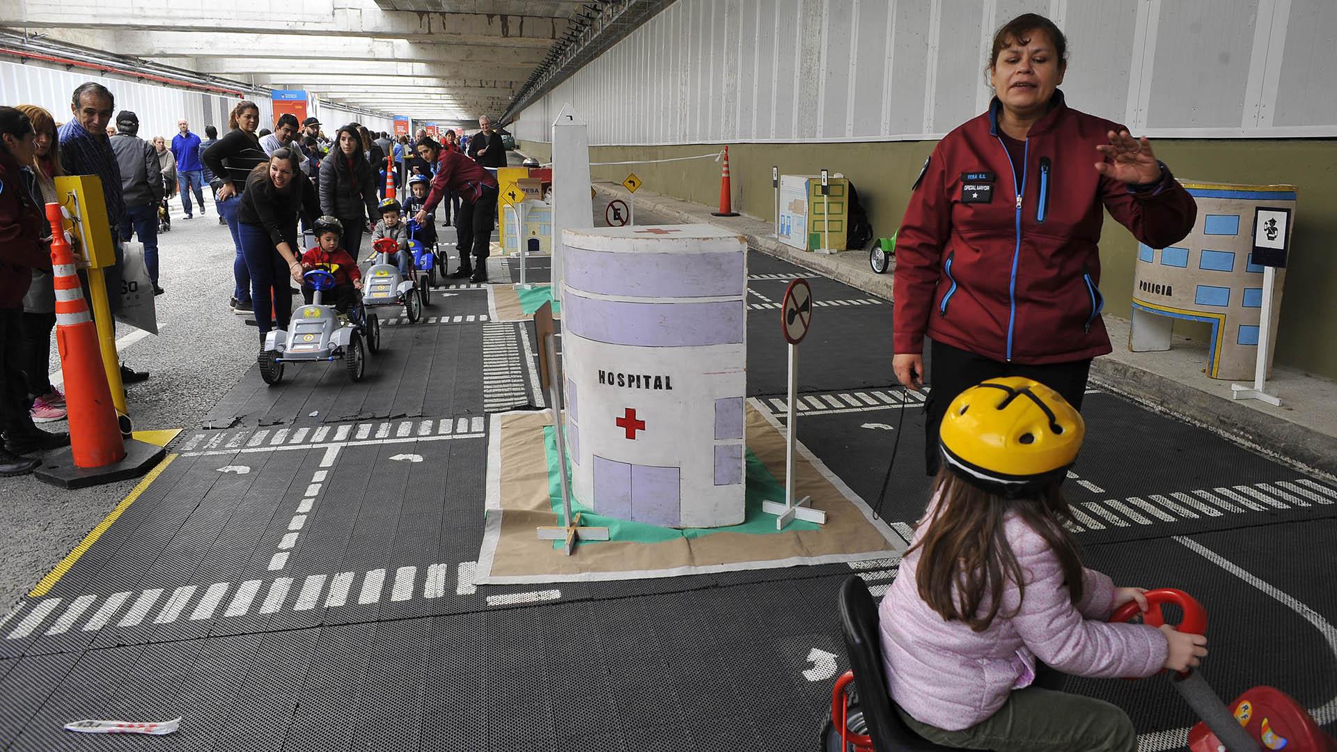 Hubo una plaza infantil donde los chicos pudieron aprender sobre seguridad vial