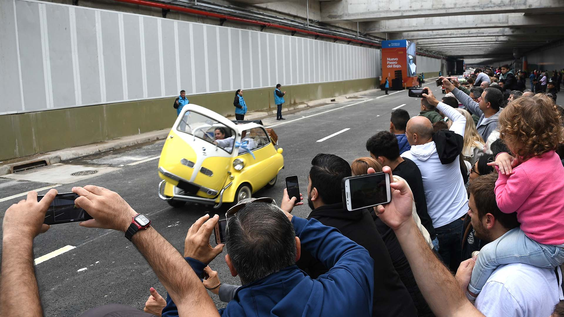 Algunos autos ganaron aplausos por lo imponente y otros por lo simpático