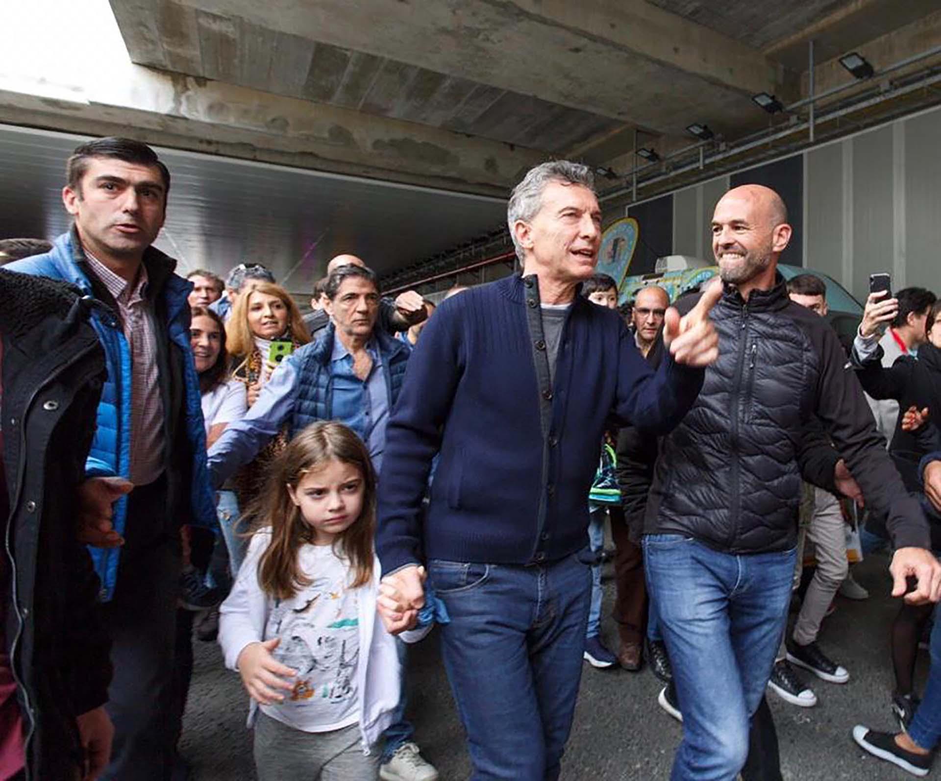 El presidente Mauricio Macri y el ministro de Transporte, Guillermo Dietrich, recorrieron las obras