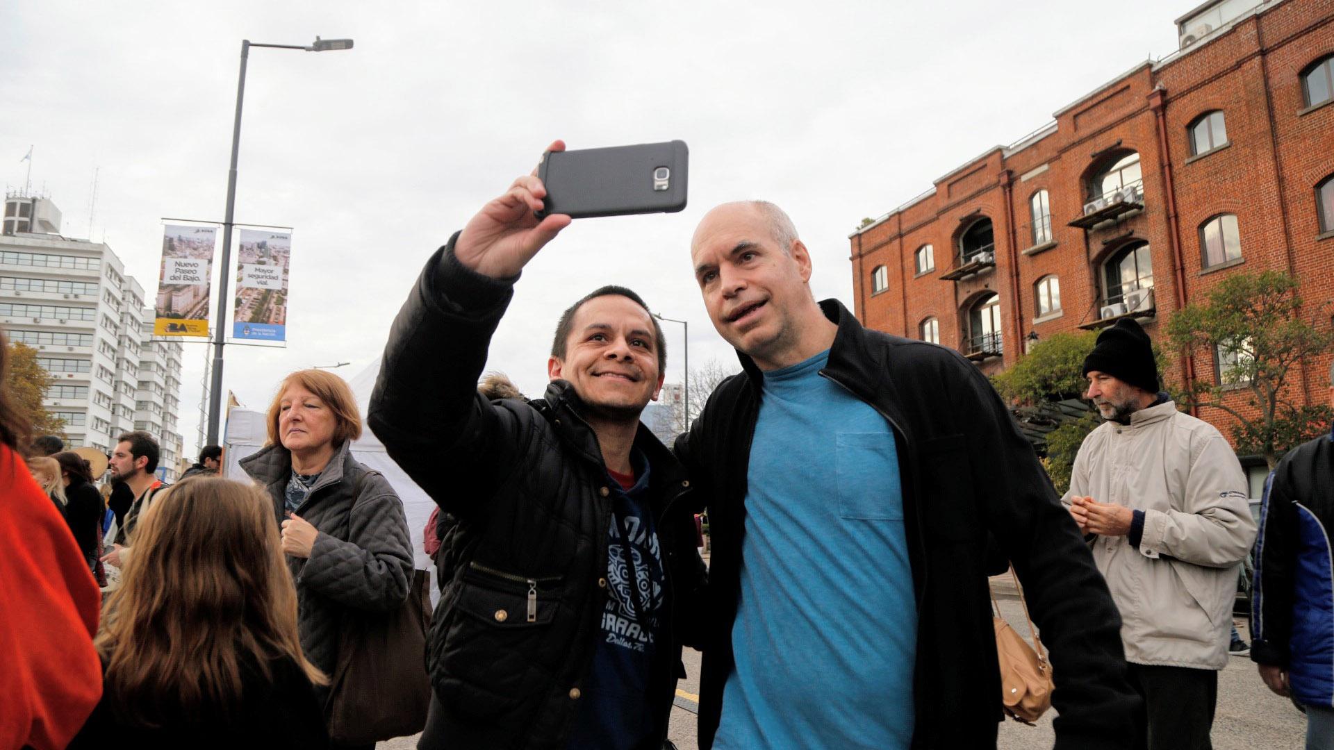 El Jefe de la Ciudad, Horacio Rodríguez Larreta, también se acercó a ver el desfile