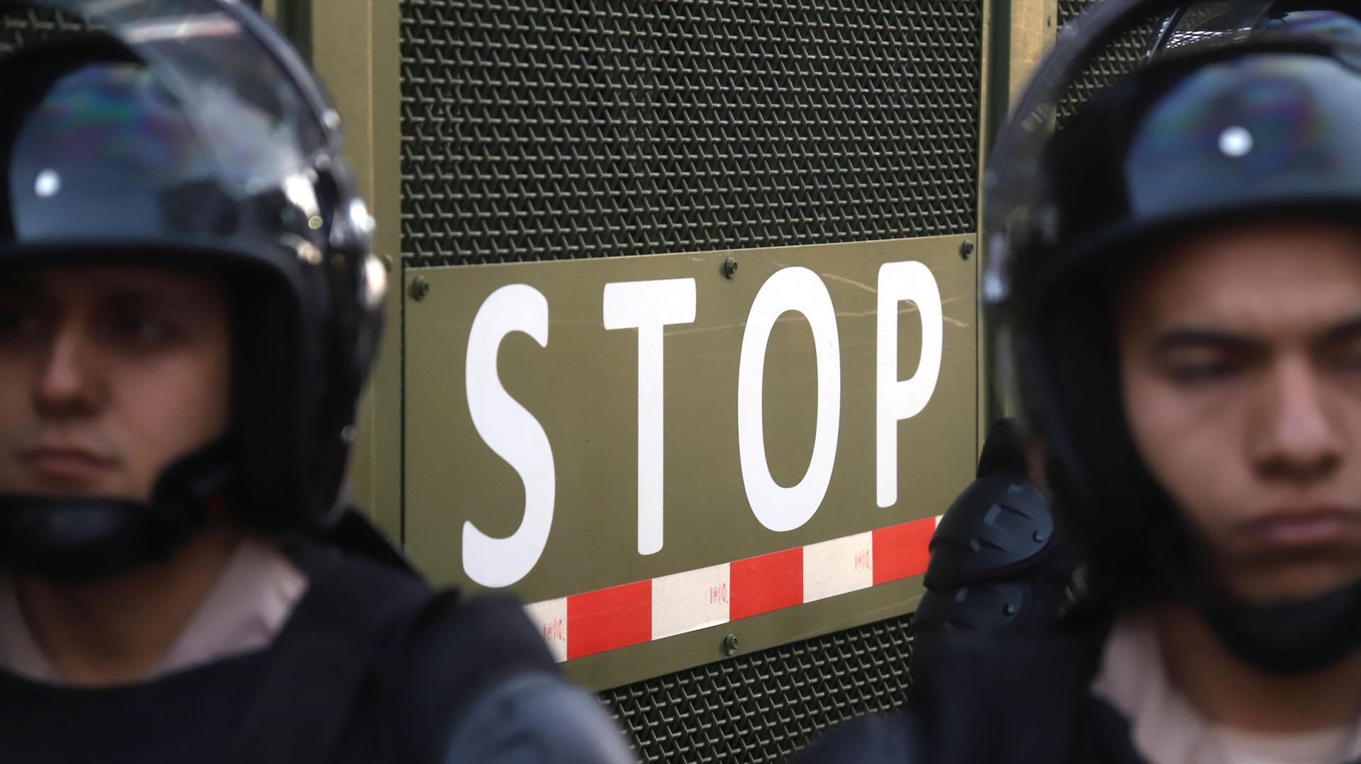 La Supervalla impide que los efectivos estén cara a cara con los manifestantes