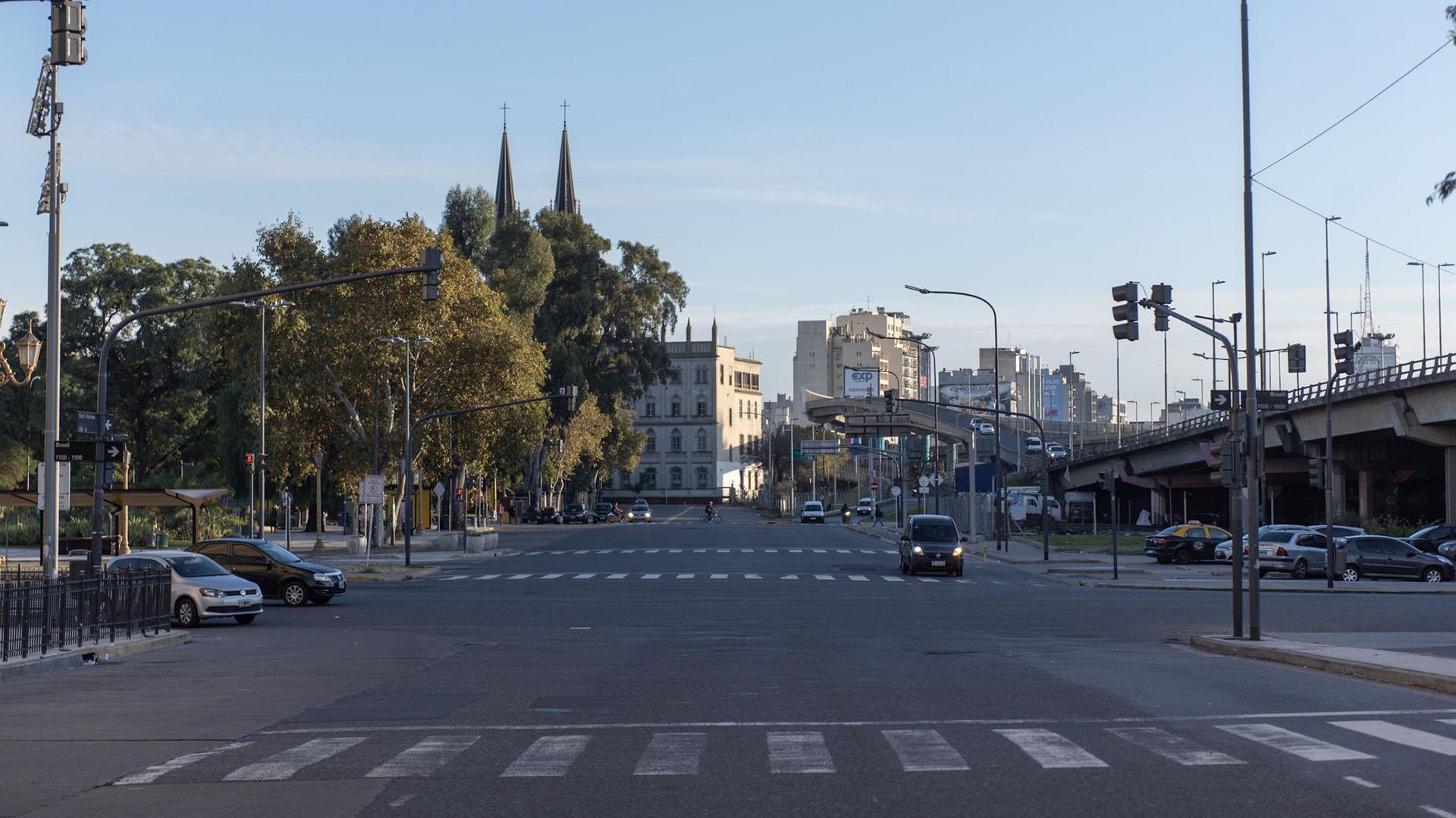 La zona de Plaza Constitución amaneció vacía por los efectos del paro
