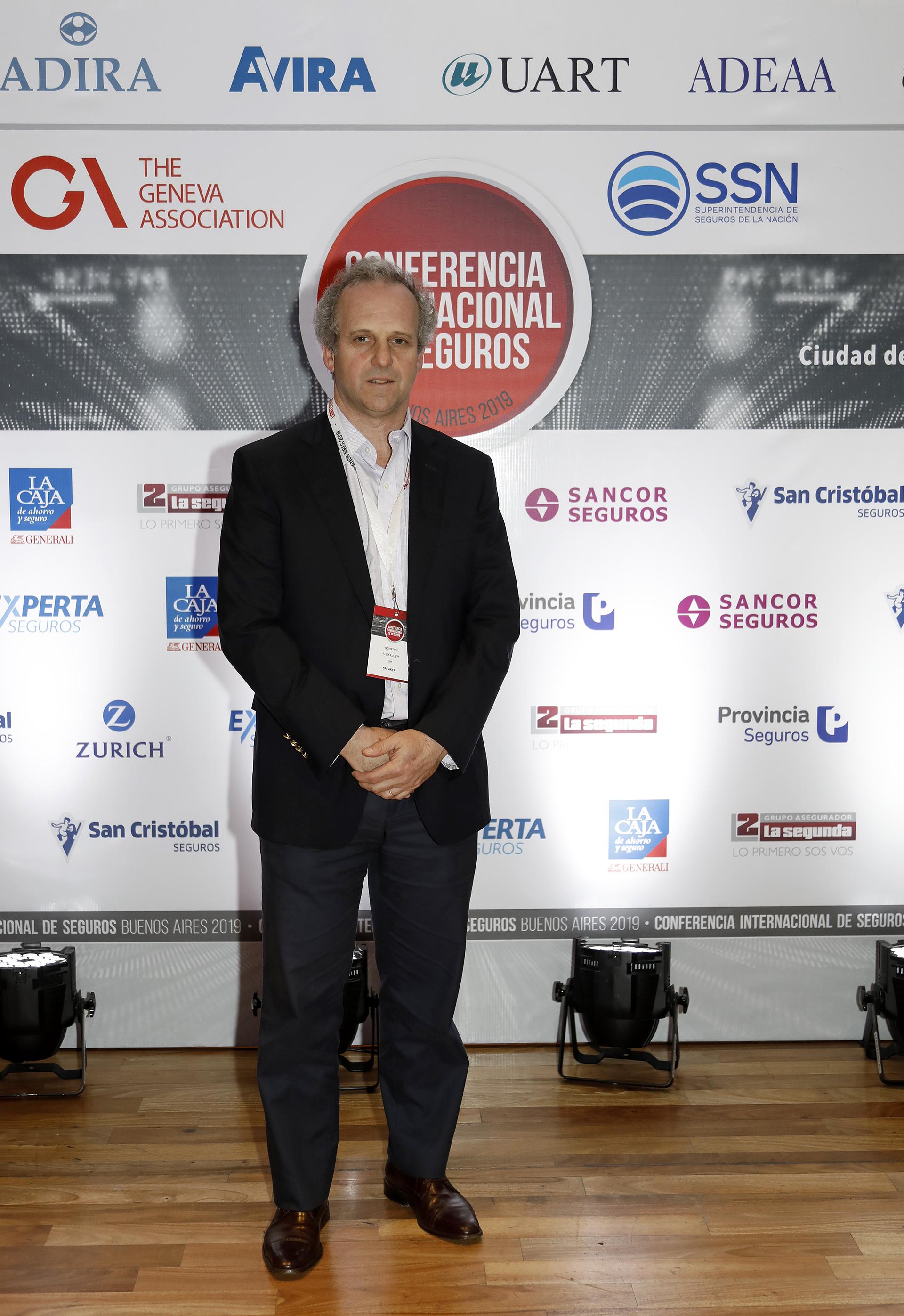 Roberto Alexander, Gerente General de IBM Argentina