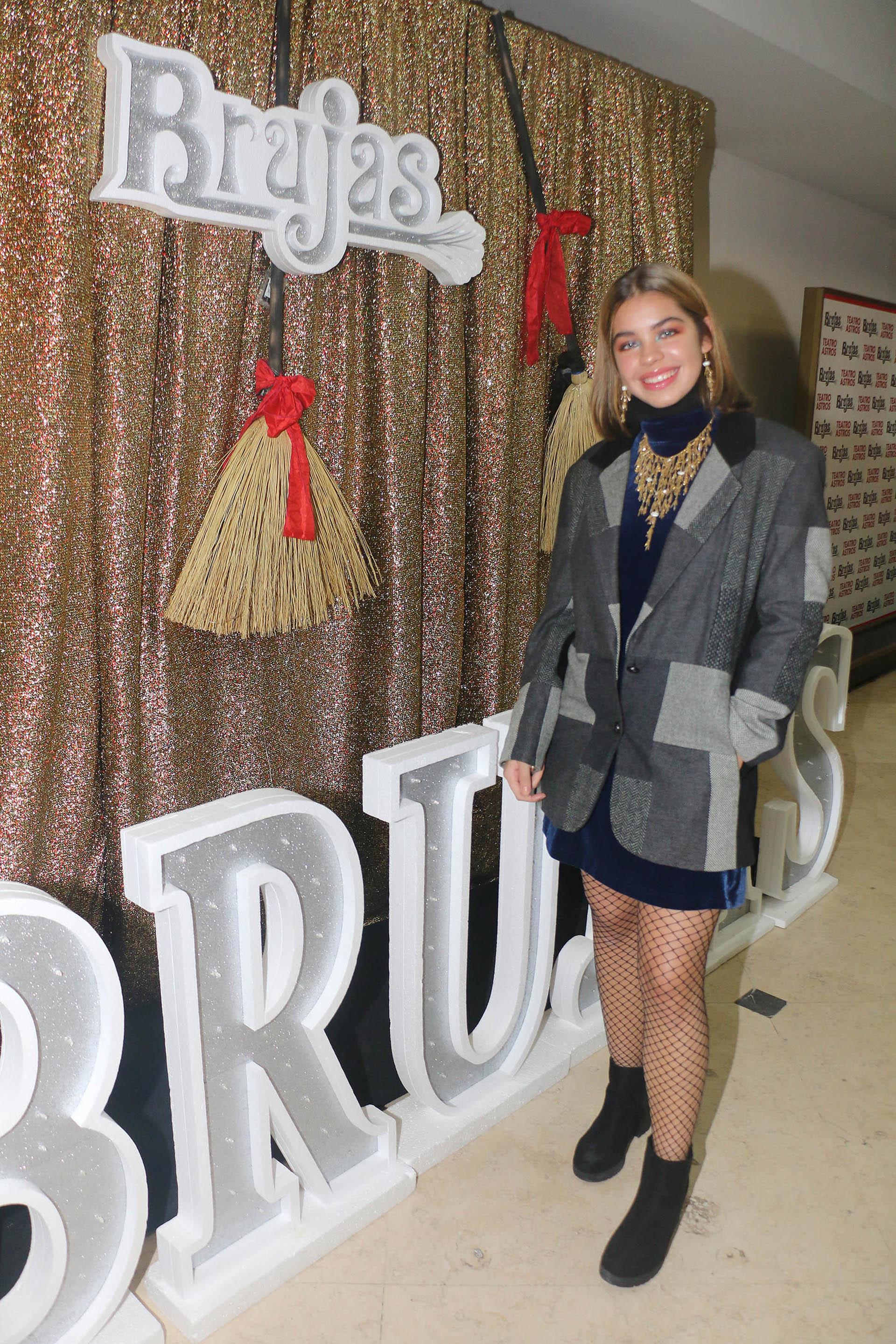 """Anna Chiara estuvo presente en el debut de su madre en """"Brujas"""""""