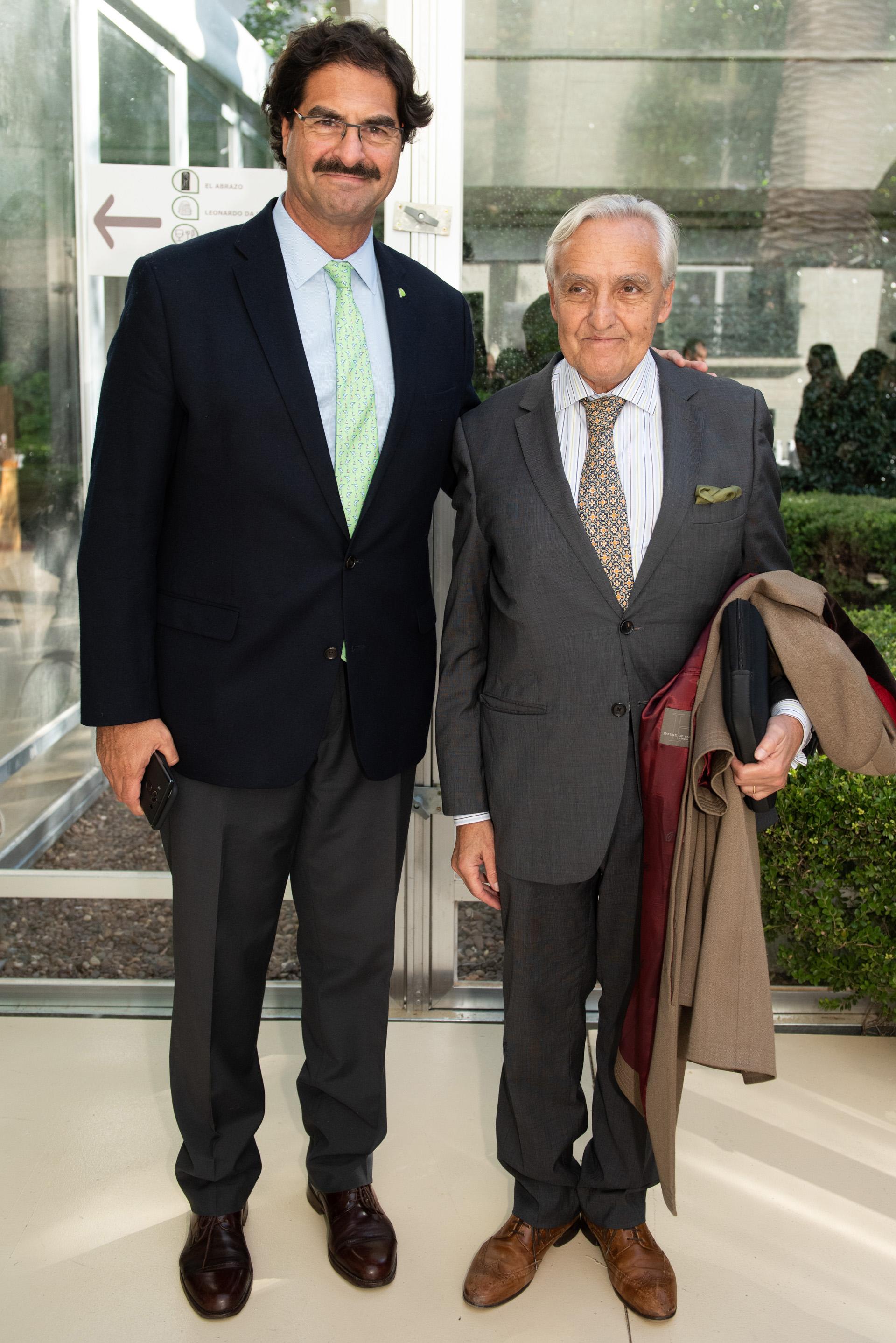 El ministro Leonardo Sarquis junto a Rosendo Fraga