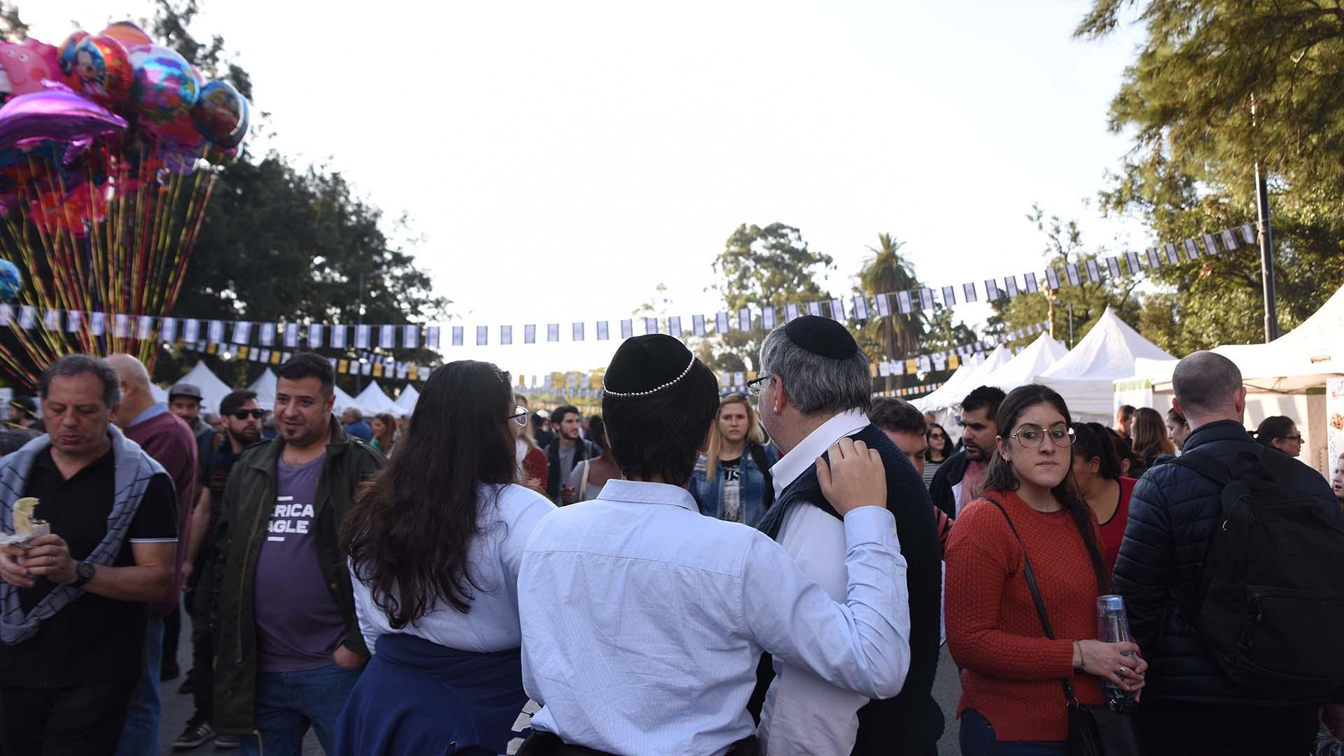Una multitud aprovechó el domingo para participar de esta actividad cultural del gobierno porteño en homenaje a los 70 años de la creación del Estado de Israel