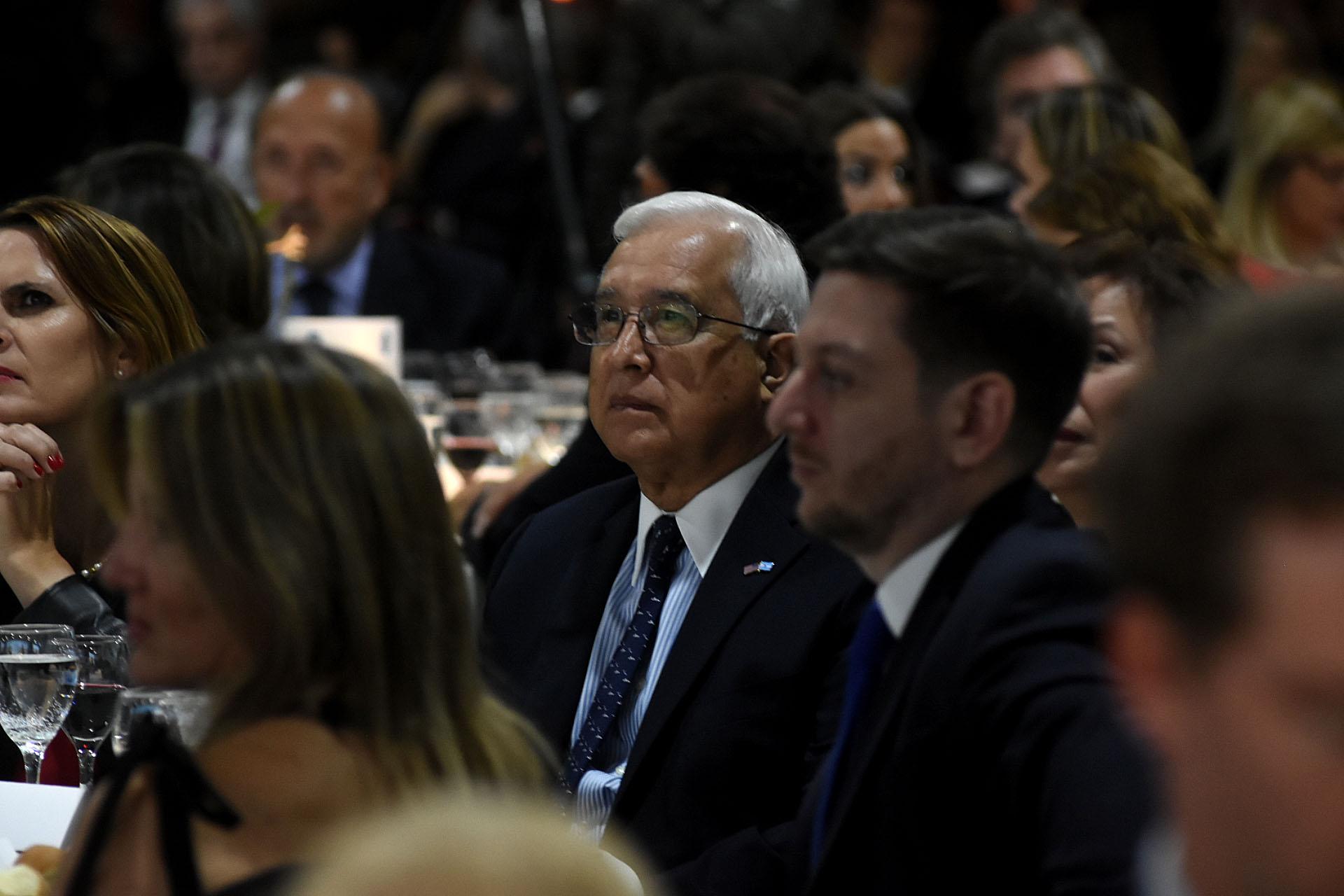 El embajador de los Estados Unidos, Edward Prado