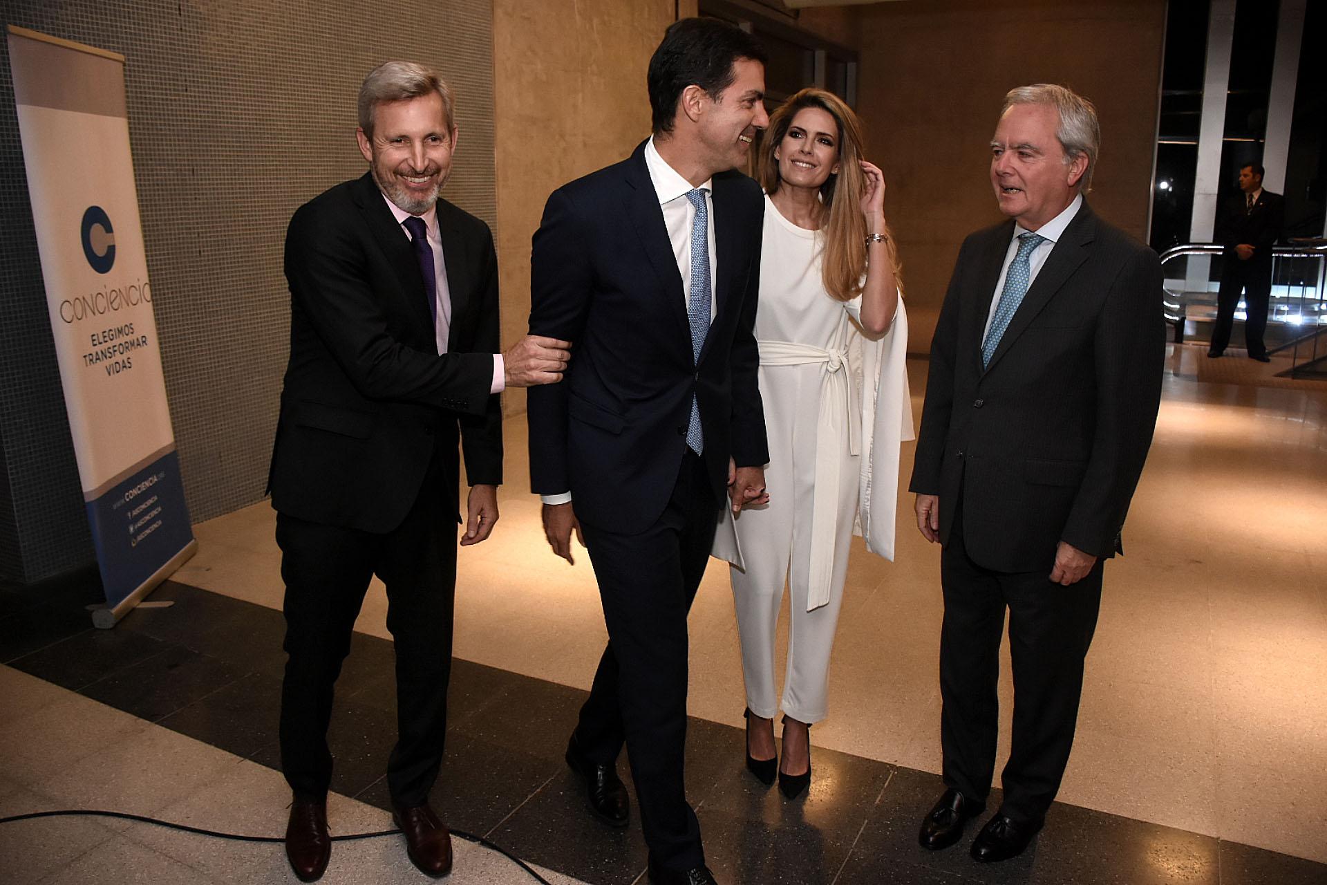 Rogelio Frigerio, Juan Manuel Urtubey, Isabel Macedo y Federico Pinedo