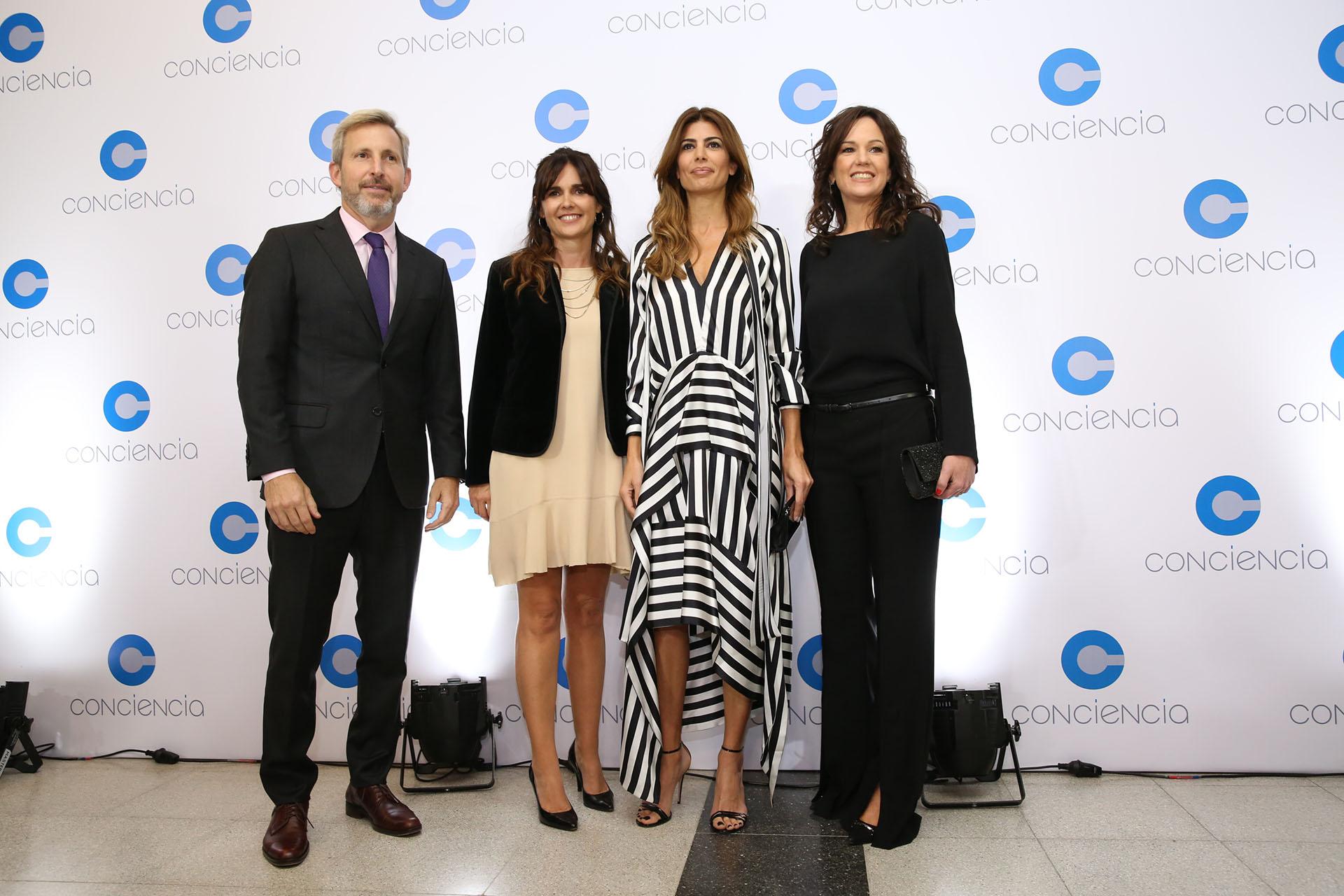 Rogelio Frigerio, Beby Lacroze, Juliana Awada y Carolina Stanley