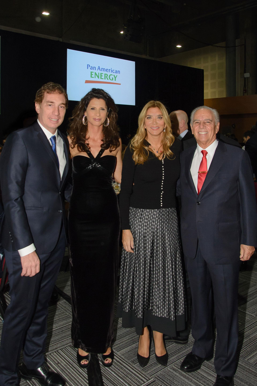 Diego Santilli, vicejefe de Gobierno porteño, junto a su mujer Analía Maiorana, Bettina y Alejandro Bulgheroni