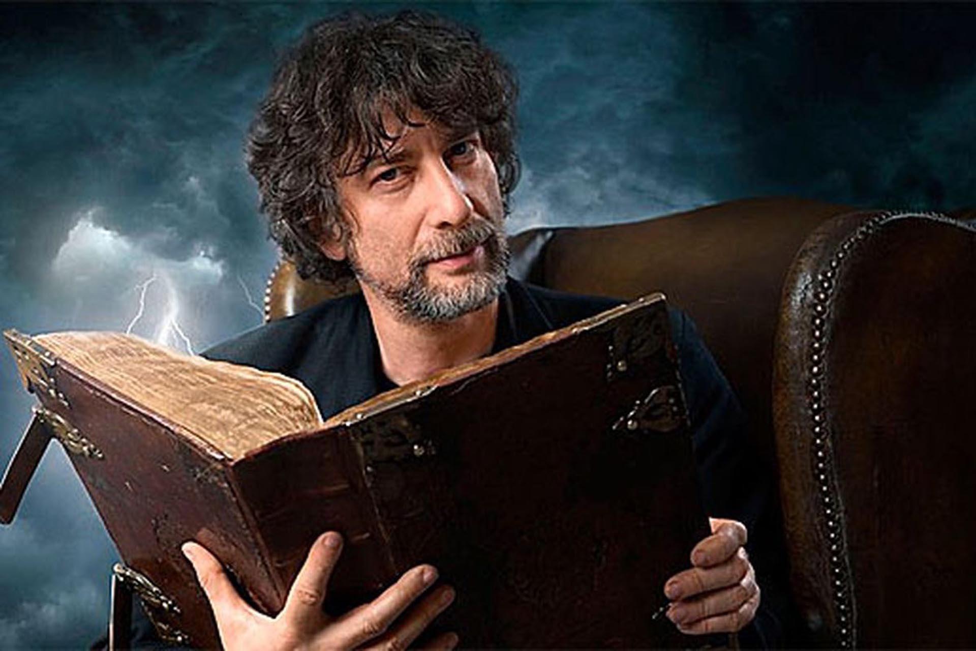 Neil Gaiman: viaje a la imaginación del gran creador de universos  fantásticos y mundos apocalípticos - Infobae