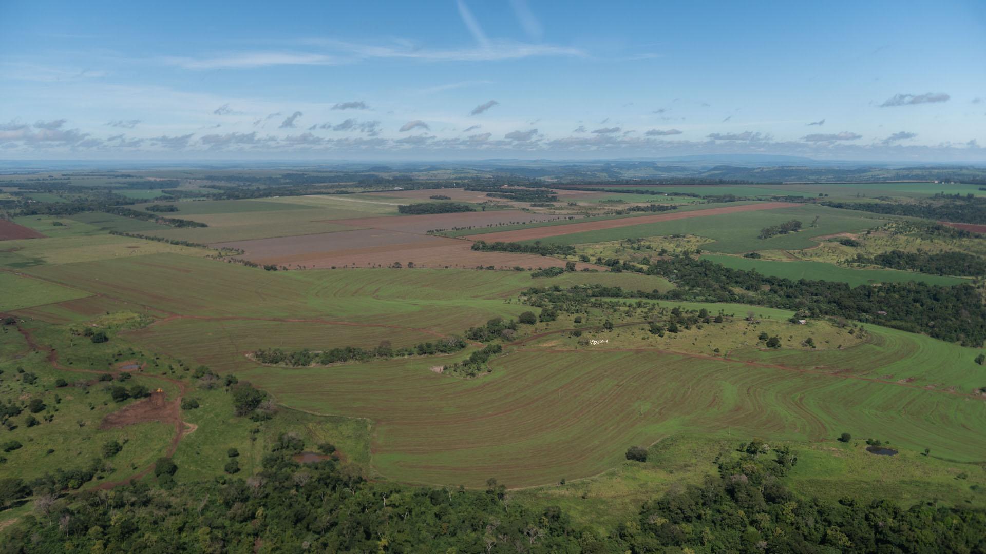 La llanura de Pedro Juan Caballero vista desde el aire.
