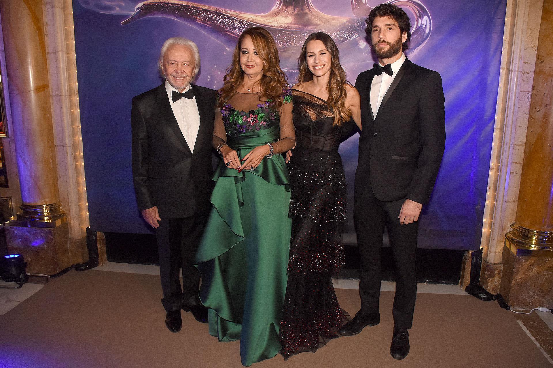 """Guido y Mónica Parisier junto a Carolina """"Pampita"""" Ardohain y su novio, Mariano Balcarce"""