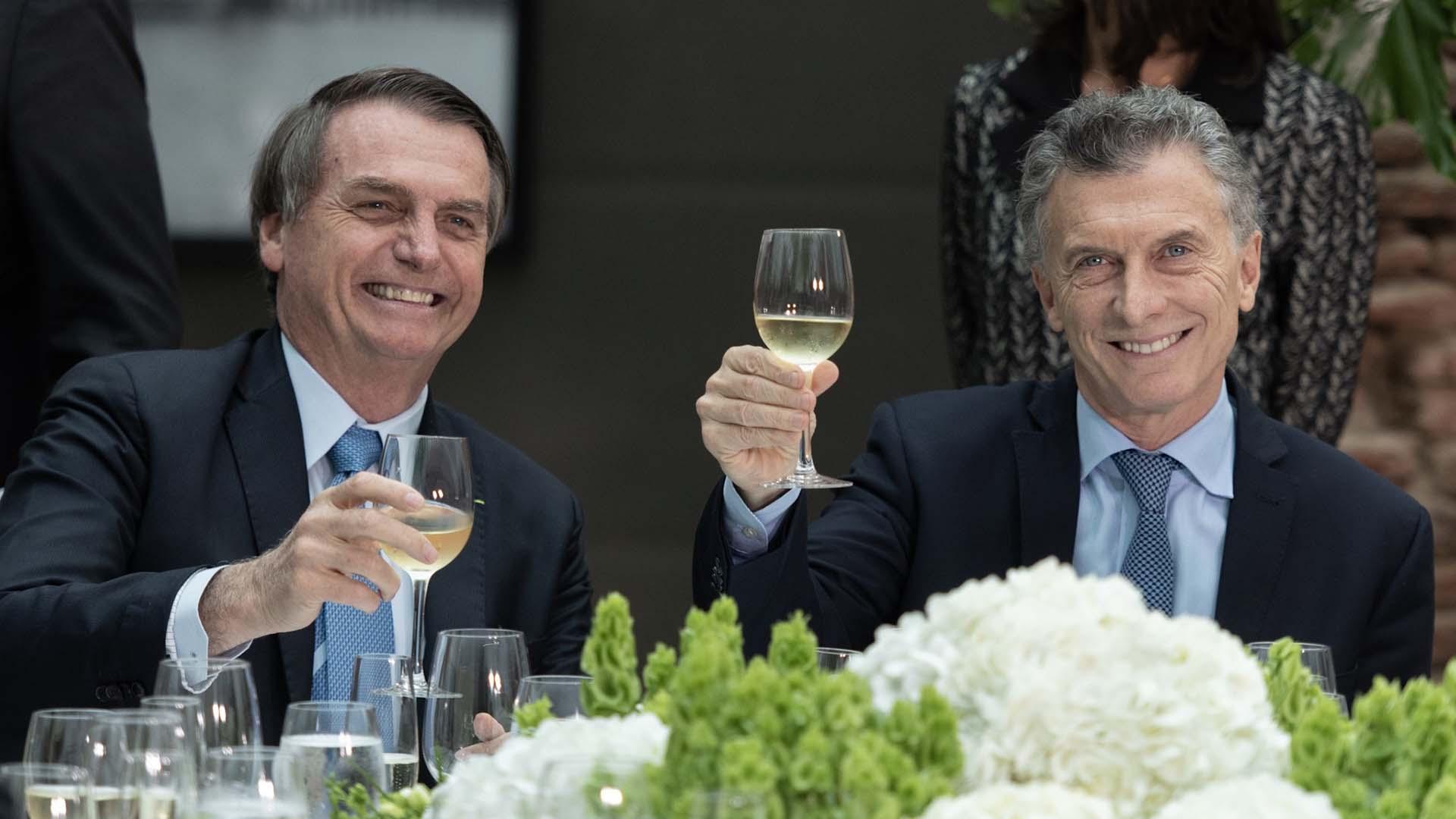 El presidente Mauricio Macri brindó en honor a la delegación brasileña que arribó este jueves a la Argentina