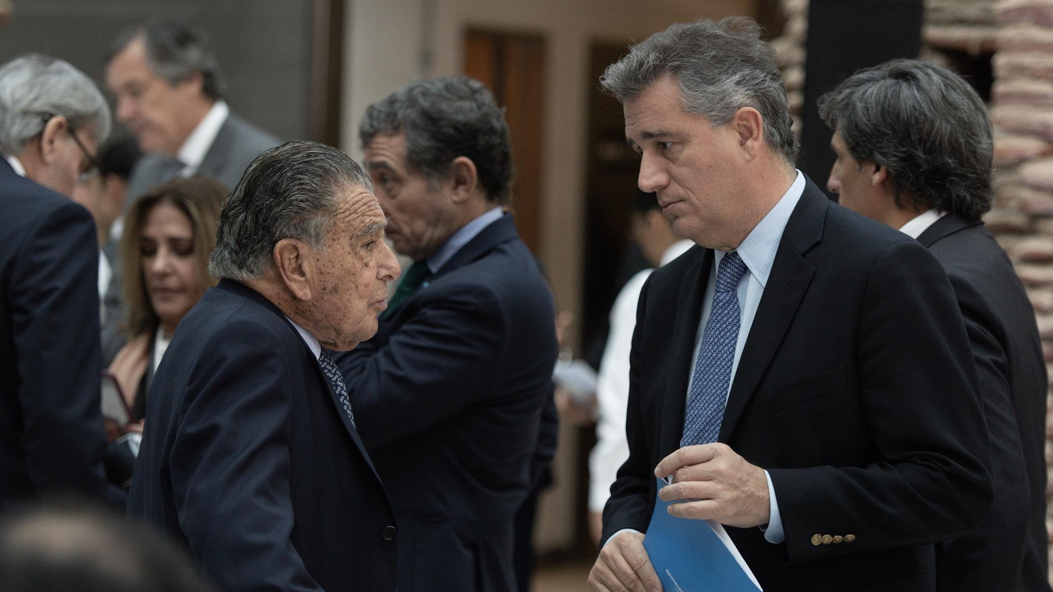 El empresario Eurnekian con el secretario de Agroindustria Luis Etchevehere